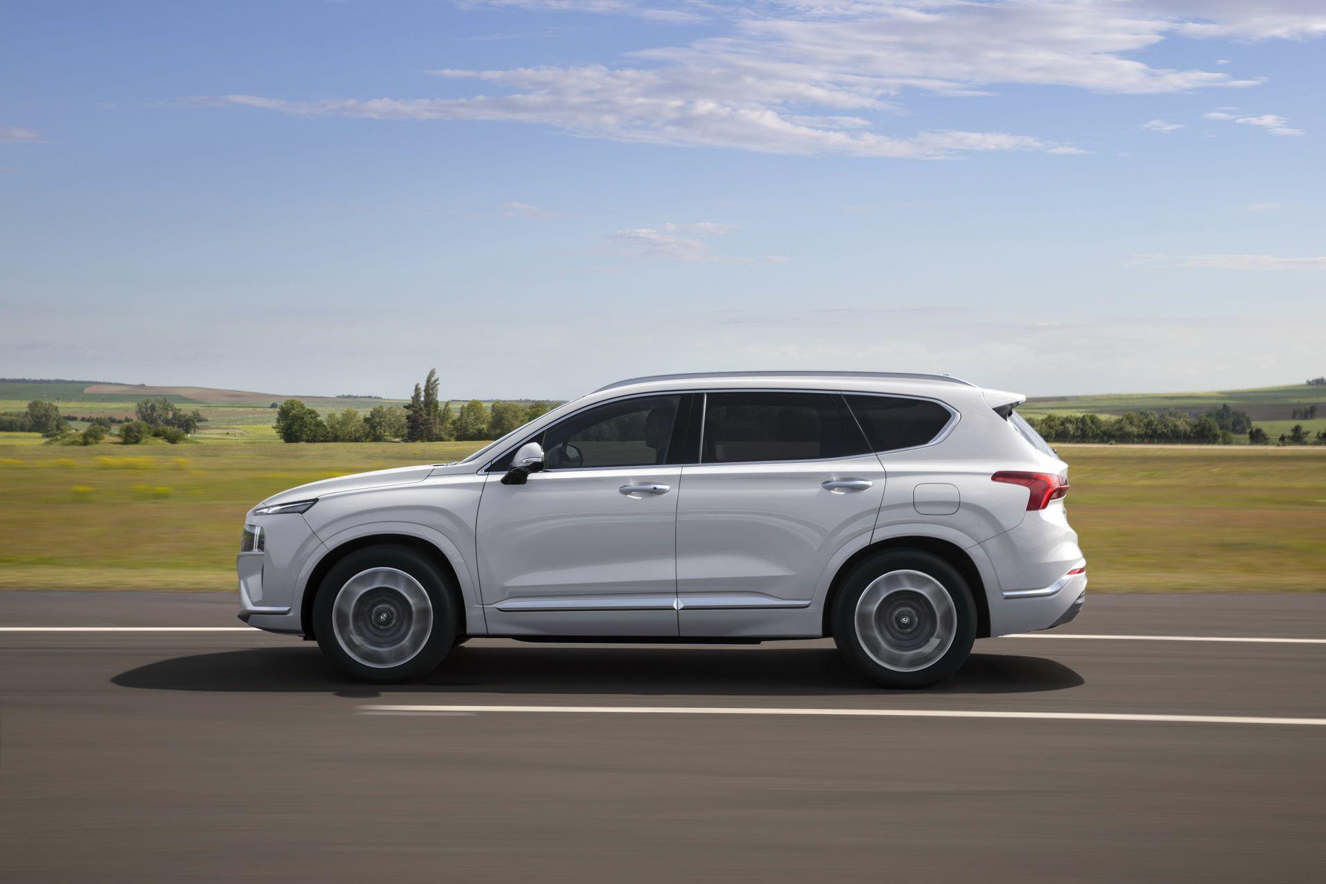 Hyundai-Santa-Fe-2020-11