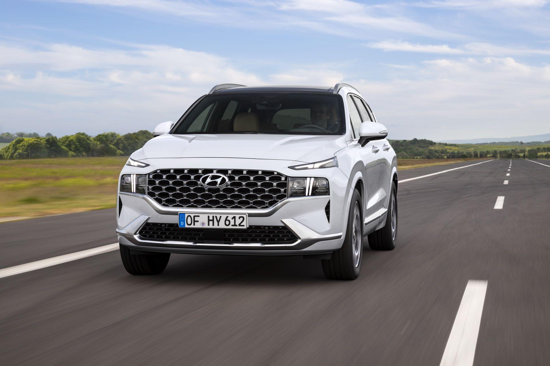 Hyundai-Santa-Fe-2020-12