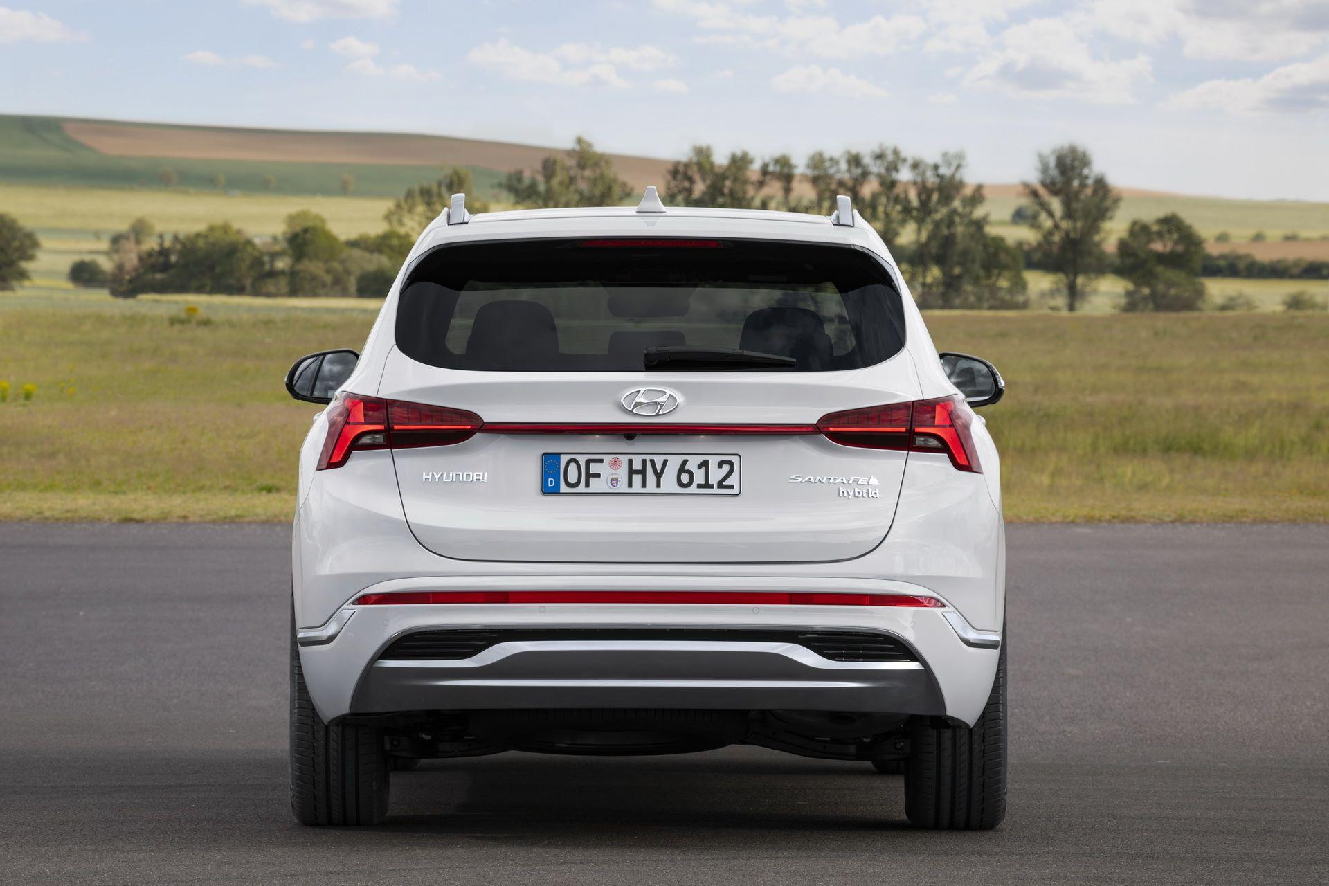 Hyundai-Santa-Fe-2020-13