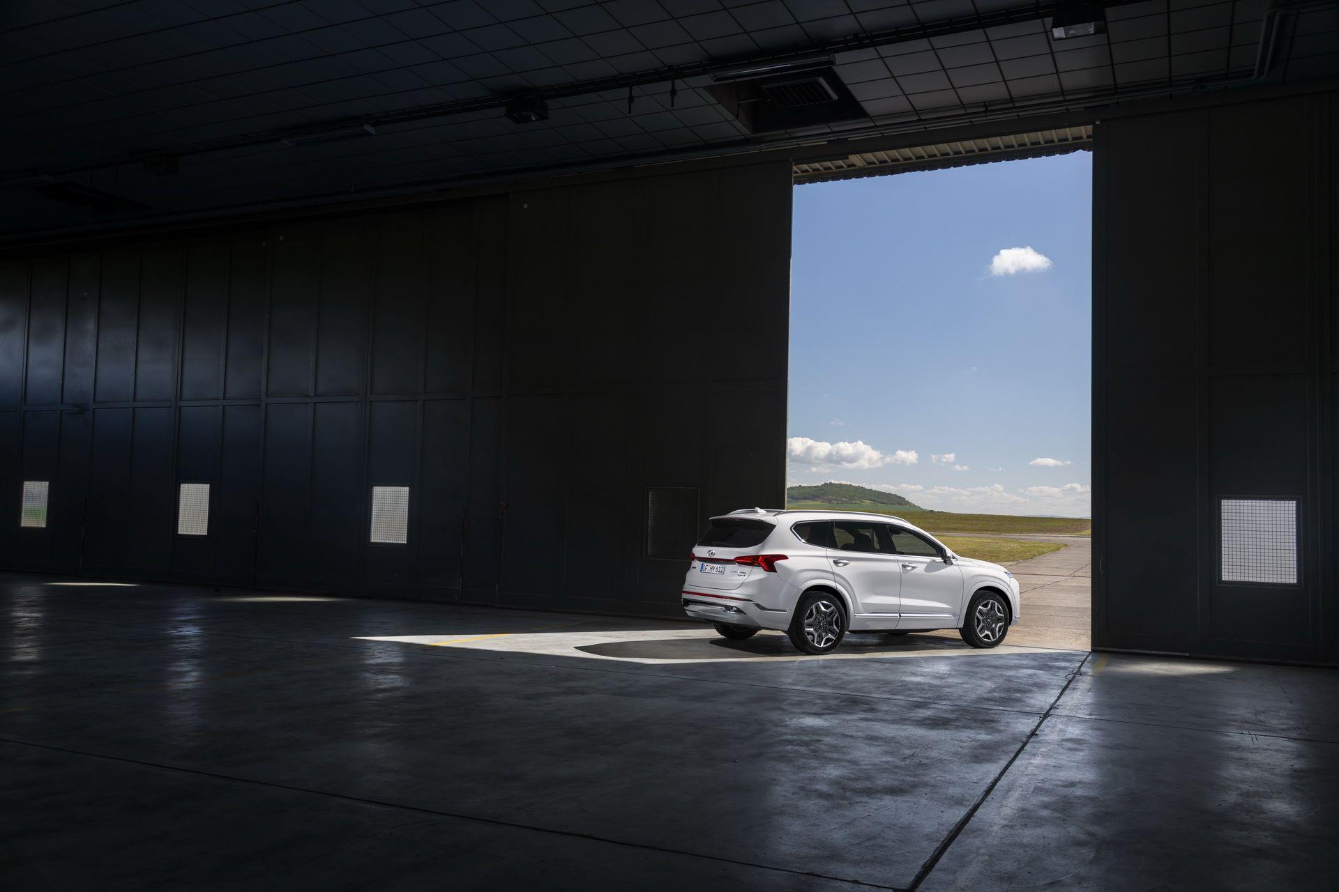 Hyundai-Santa-Fe-2020-18
