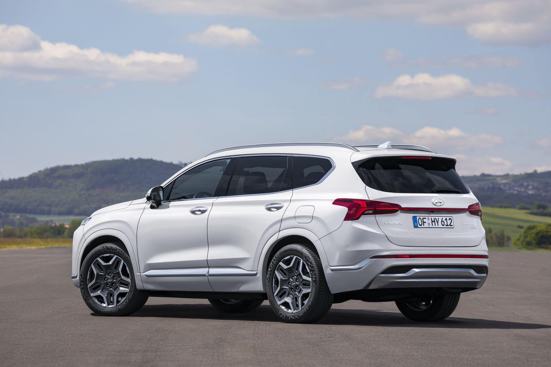 Hyundai-Santa-Fe-2020-19