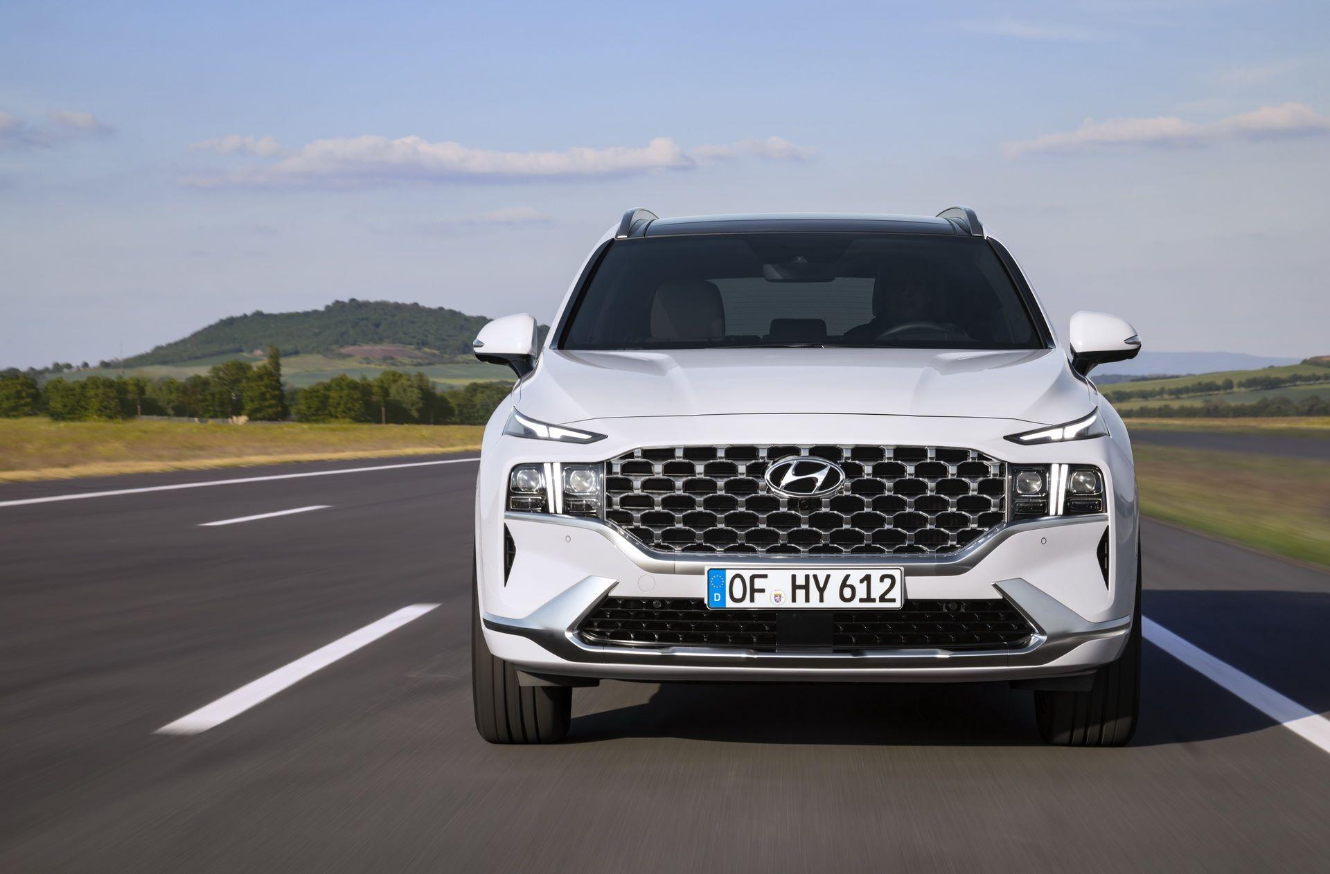 Hyundai-Santa-Fe-2020-21