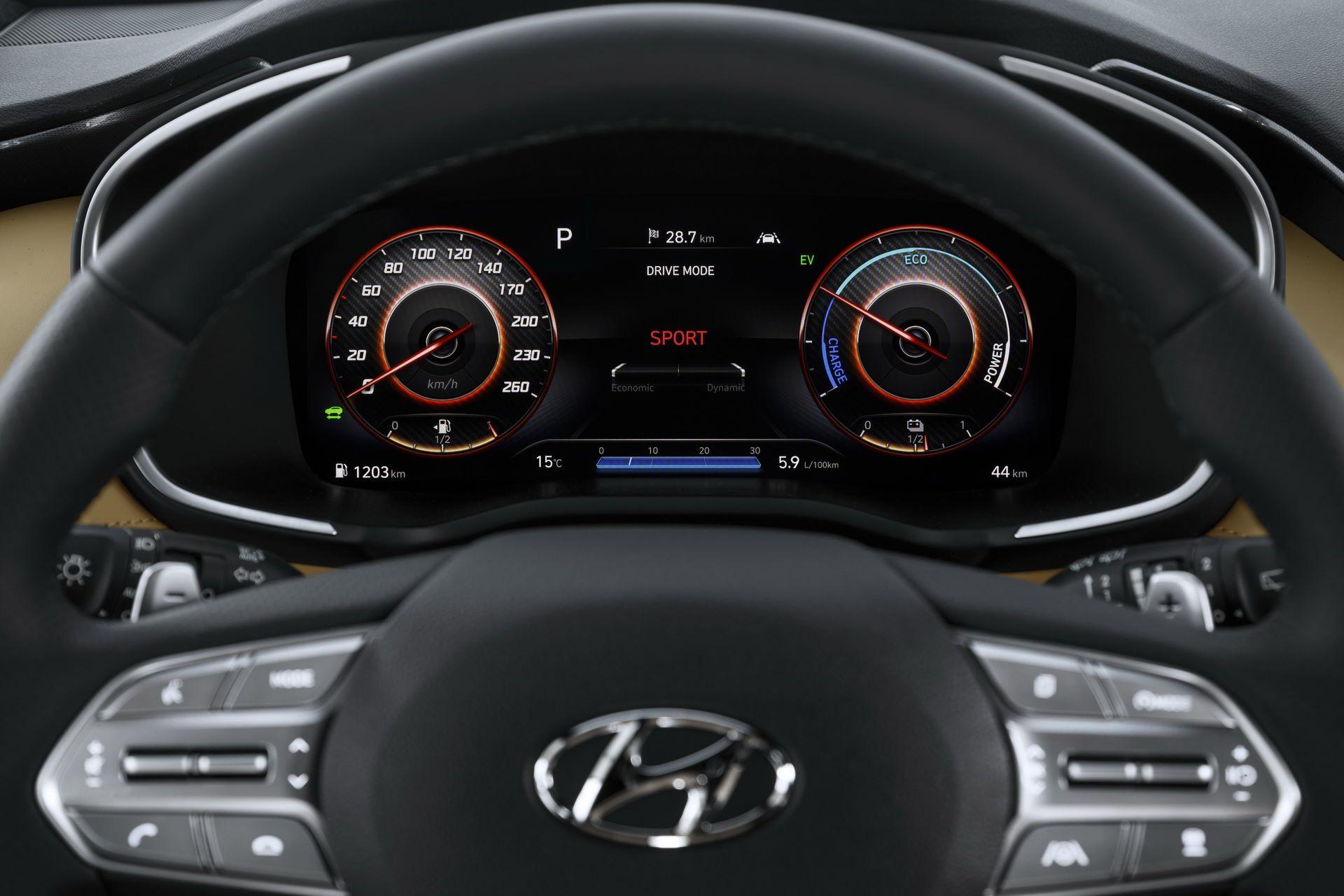 Hyundai-Santa-Fe-2020-28