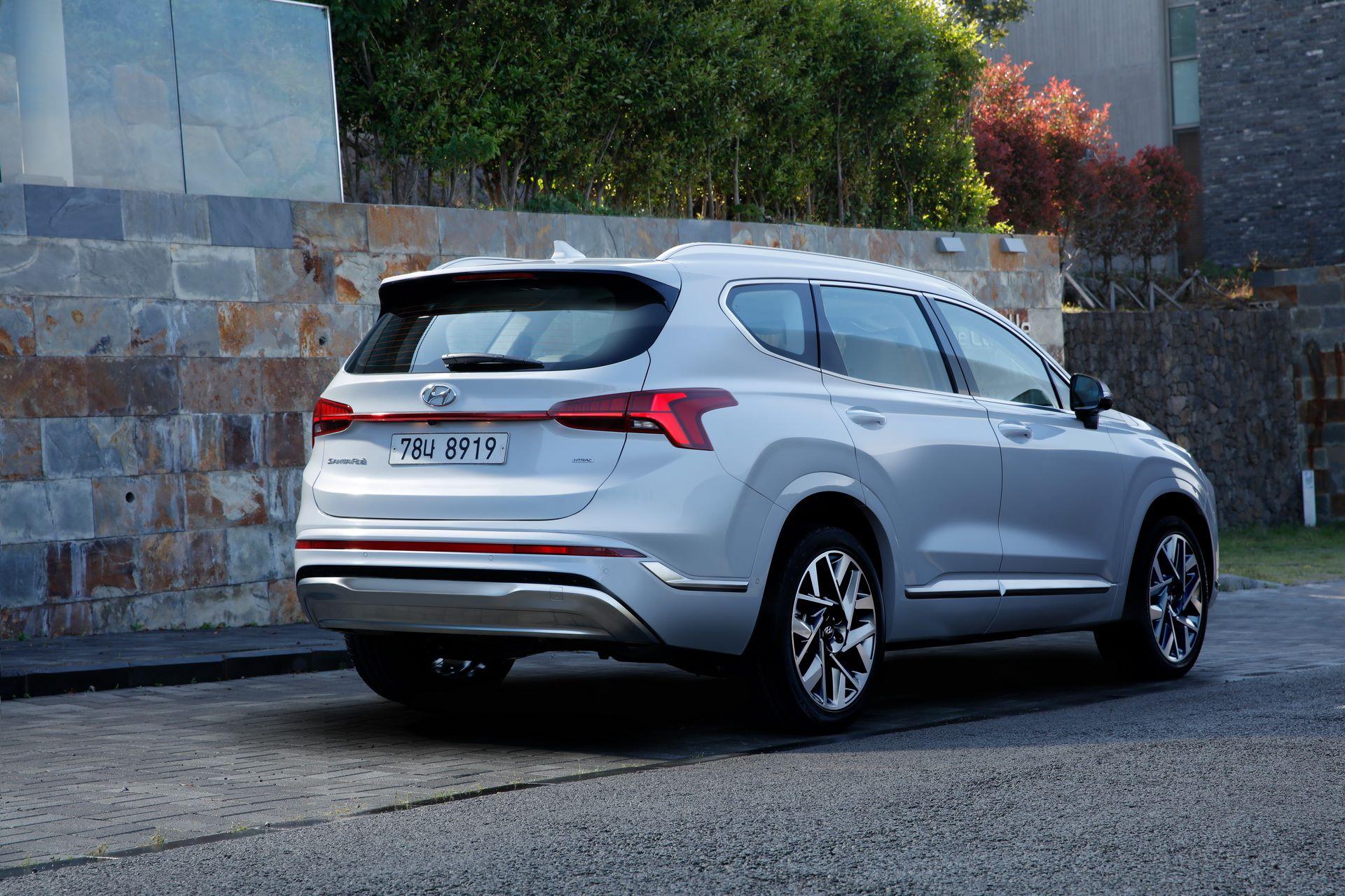 Hyundai-Santa-Fe-2020-7