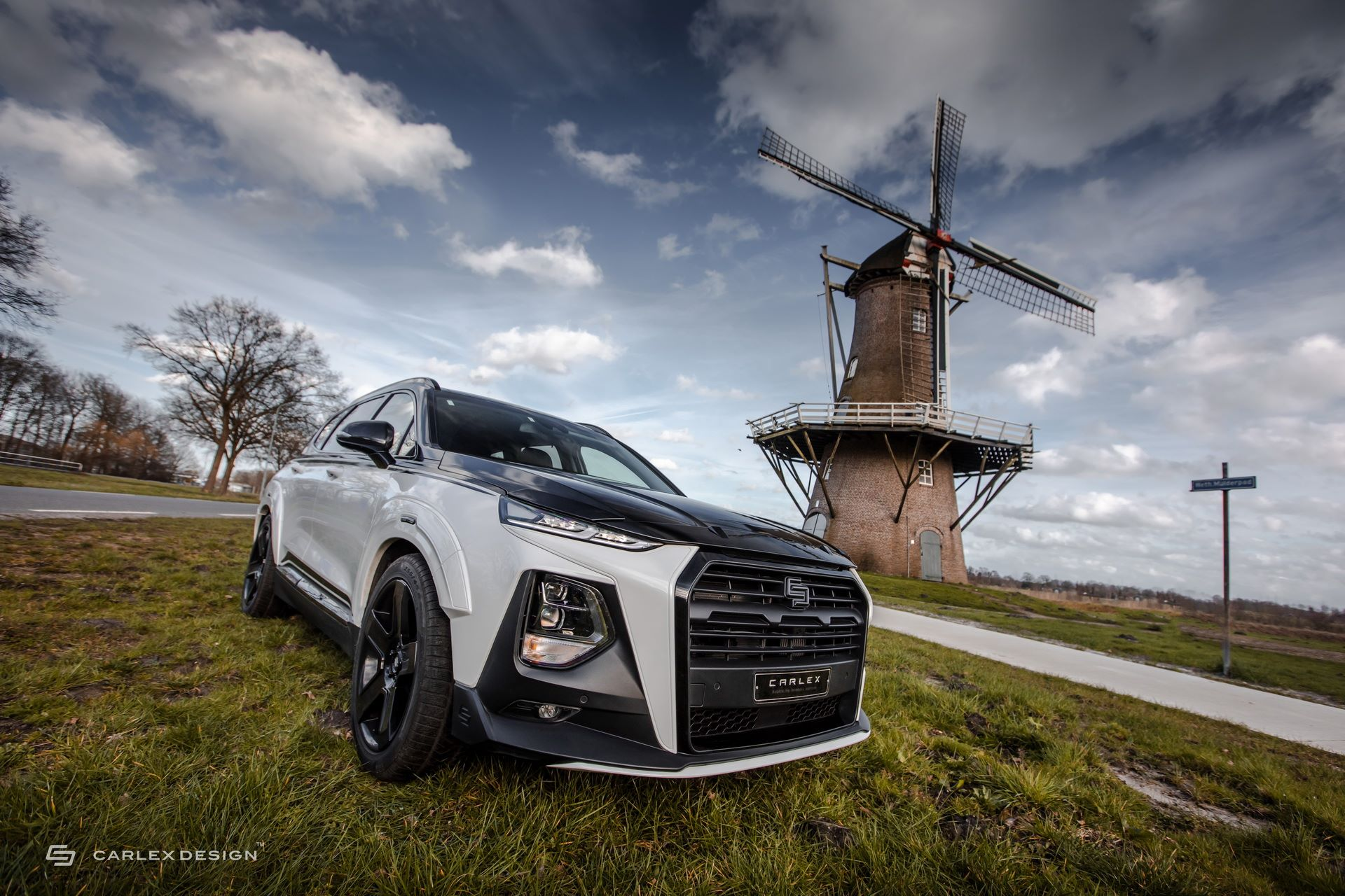 Hyundai-Santa-Fe-Urban-Edition-by-Carlex-Design-22
