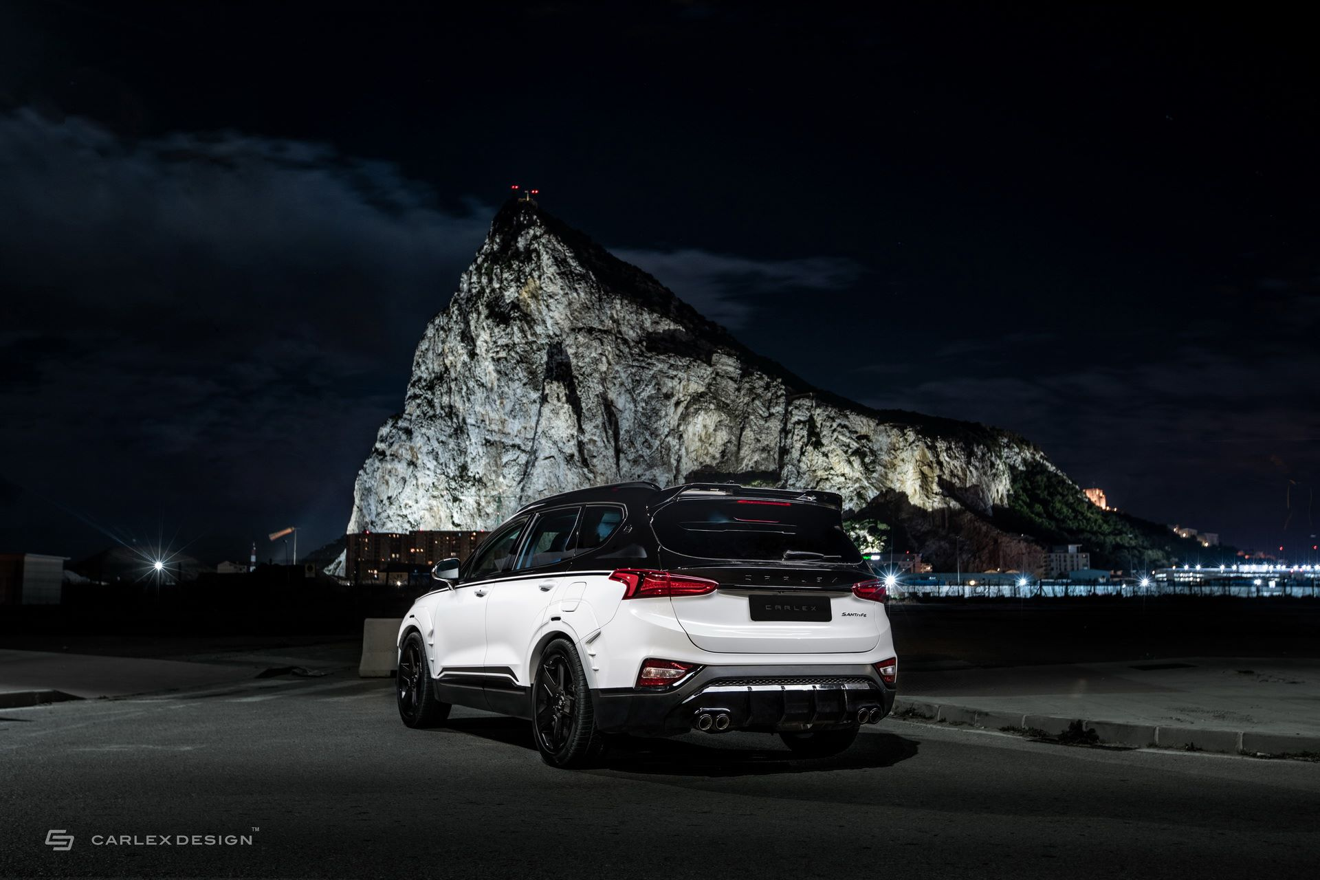 Hyundai-Santa-Fe-Urban-Edition-by-Carlex-Design-41