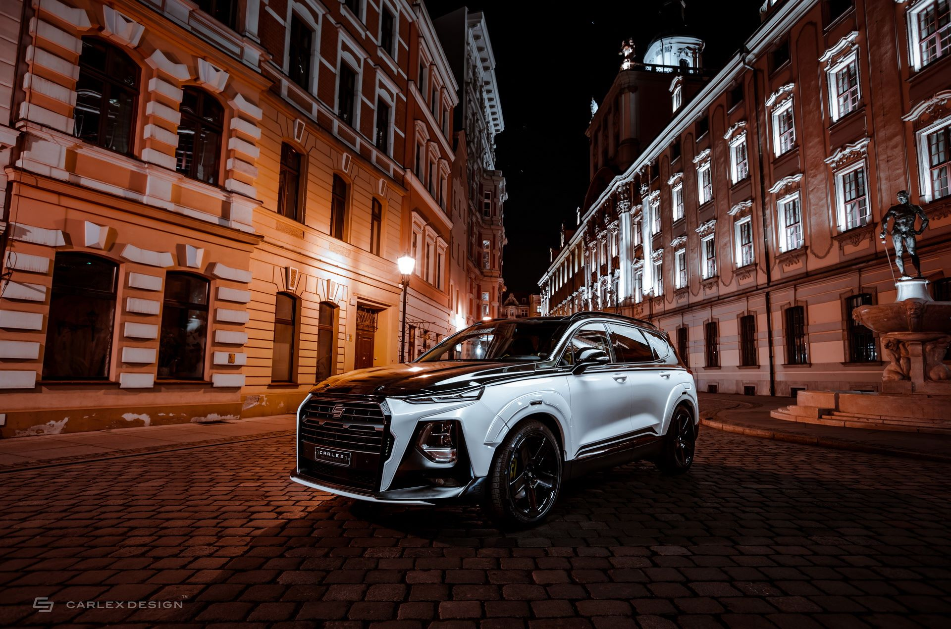 Hyundai-Santa-Fe-Urban-Edition-by-Carlex-Design-8