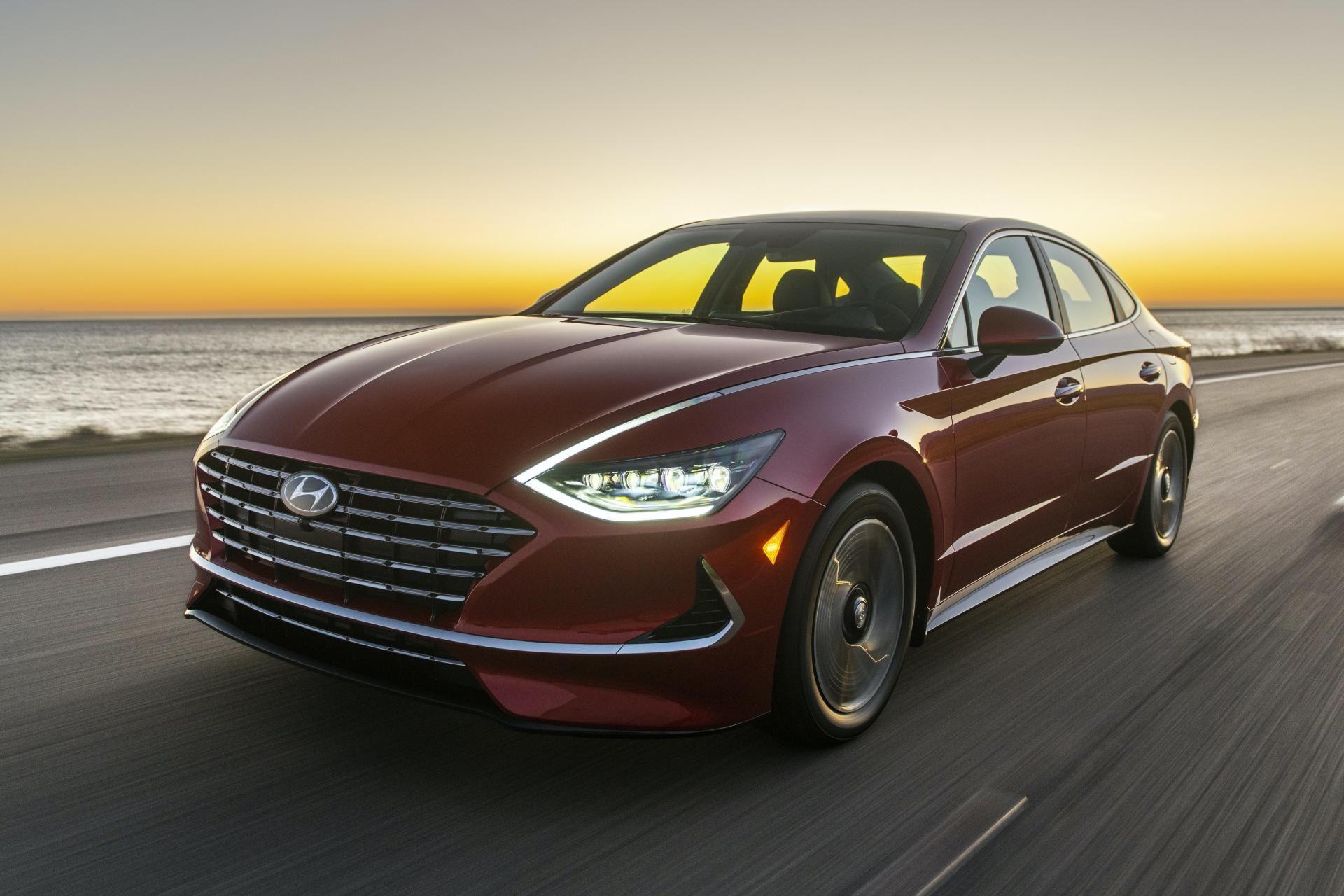 2020-Hyundai-Sonata-Hybrid-1