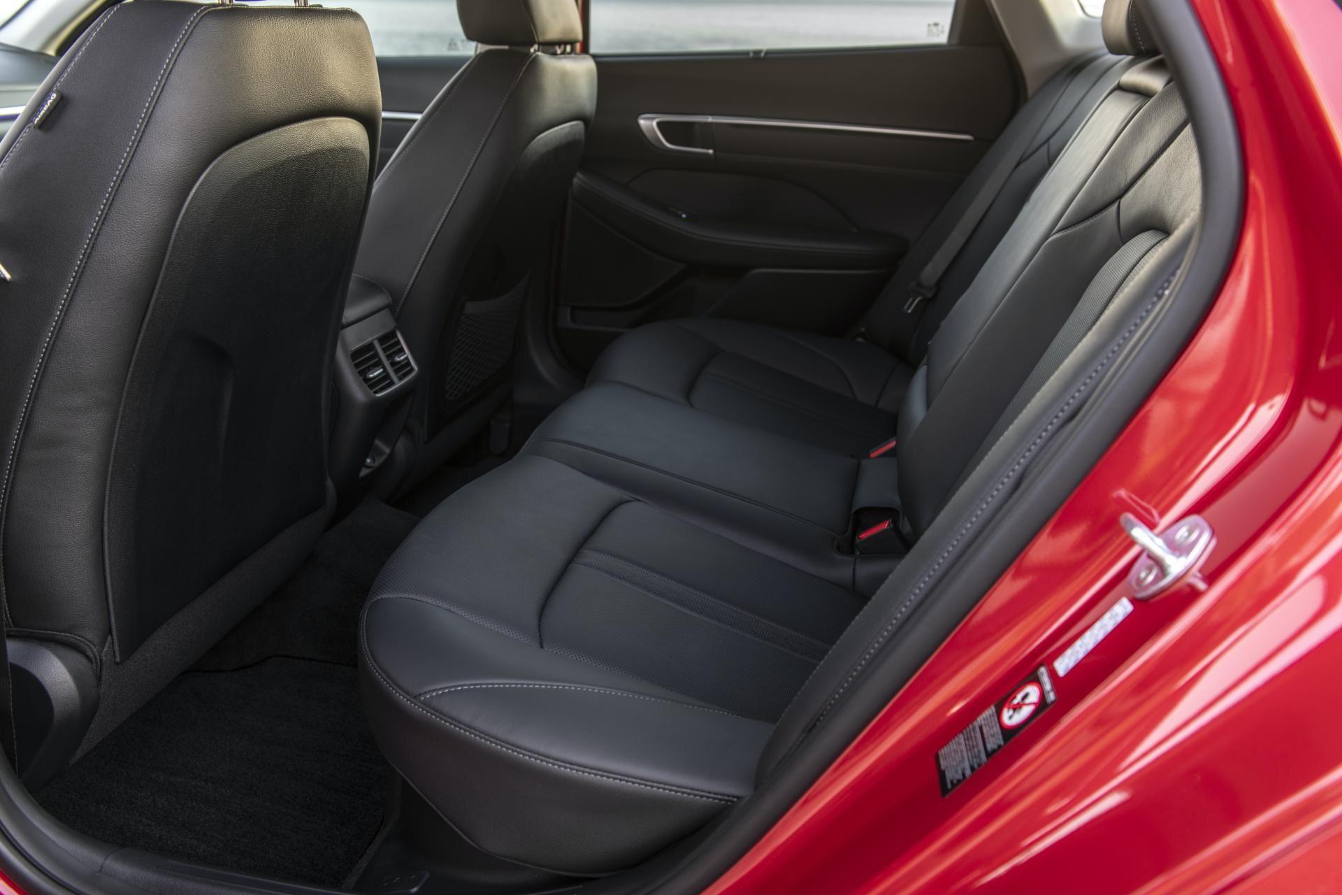 2020-Hyundai-Sonata-Hybrid-16