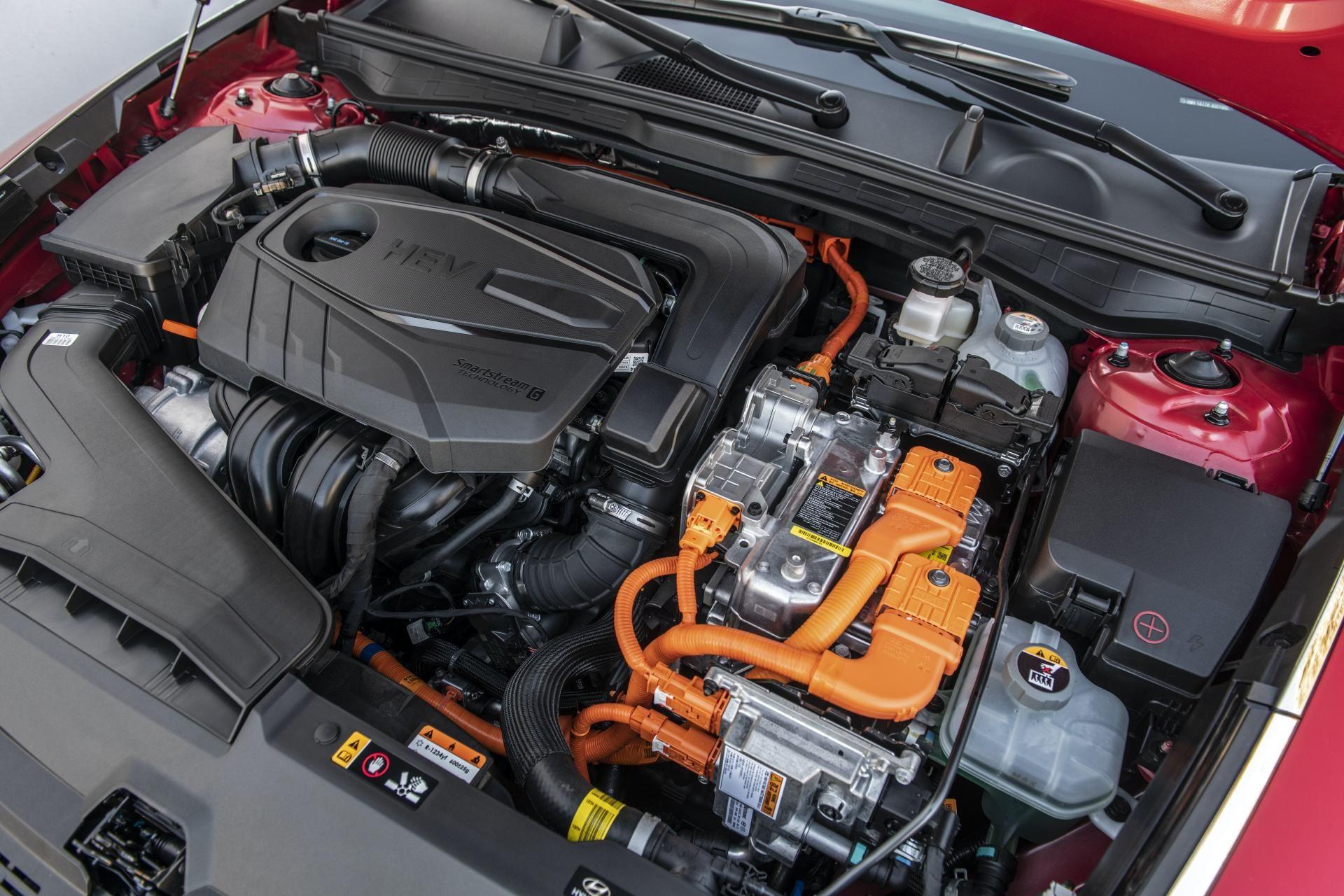 2020-Hyundai-Sonata-Hybrid-36