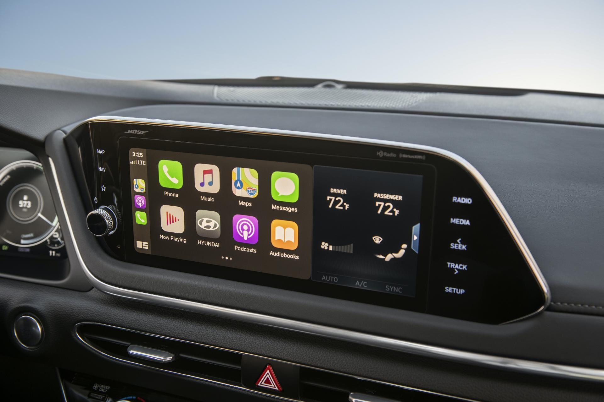 2020-Hyundai-Sonata-Hybrid-45