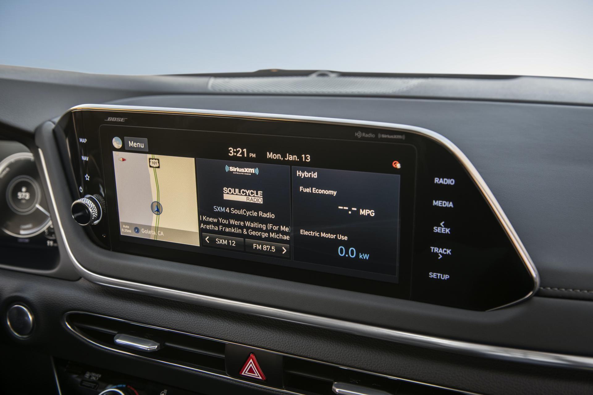 2020-Hyundai-Sonata-Hybrid-47