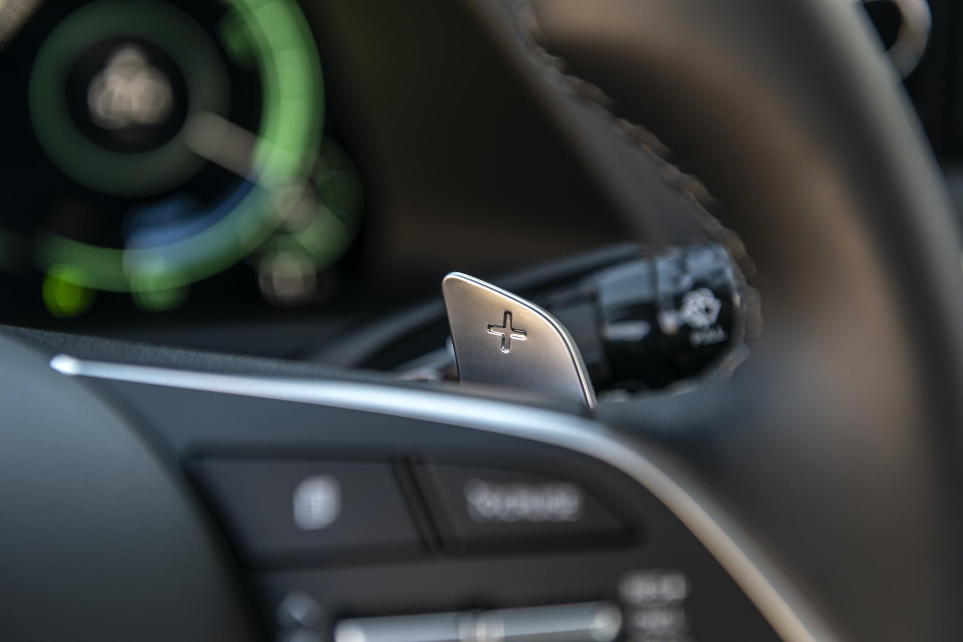 2020-Hyundai-Sonata-Hybrid-52