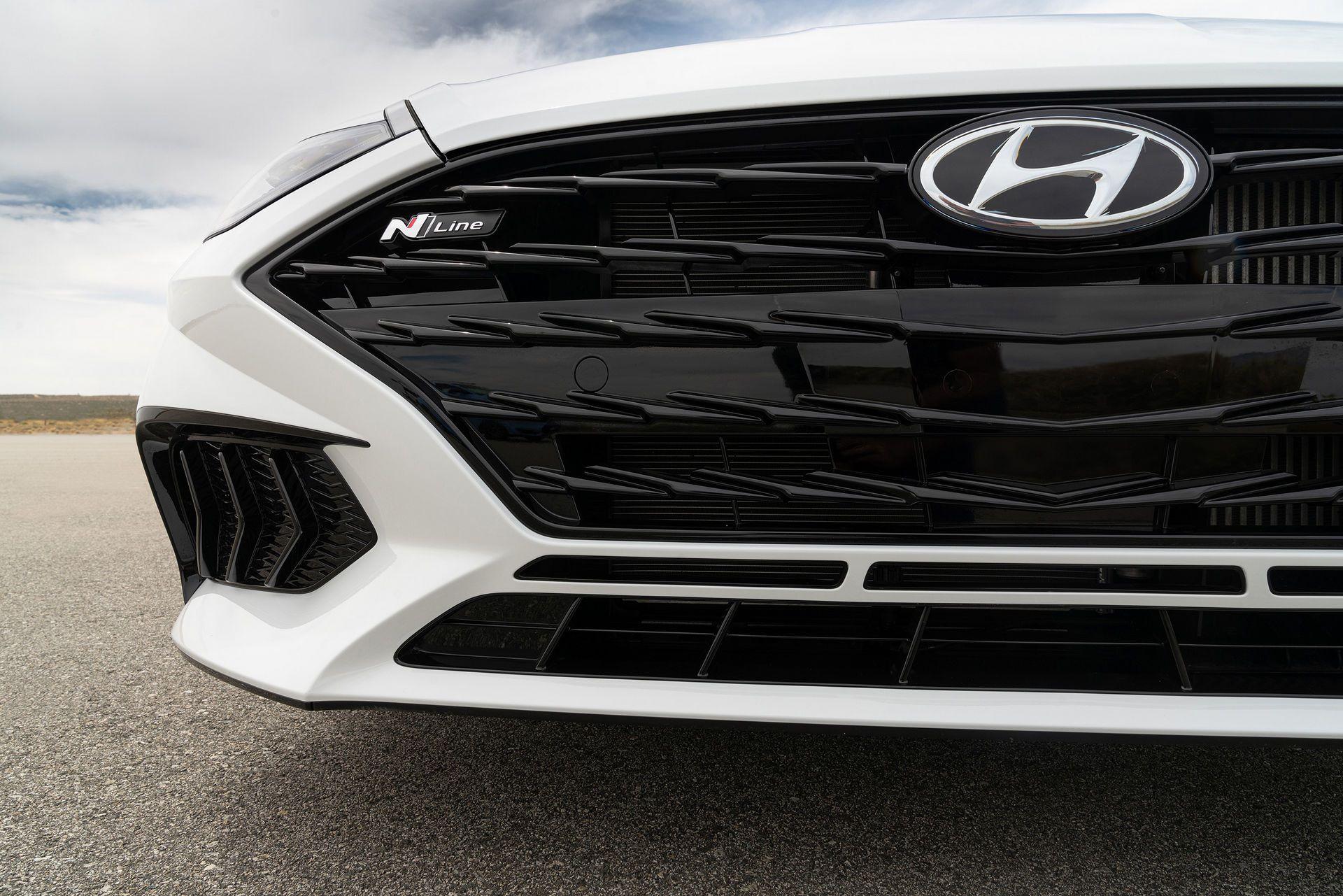 Hyundai-Sonata-N-Line-2021-28