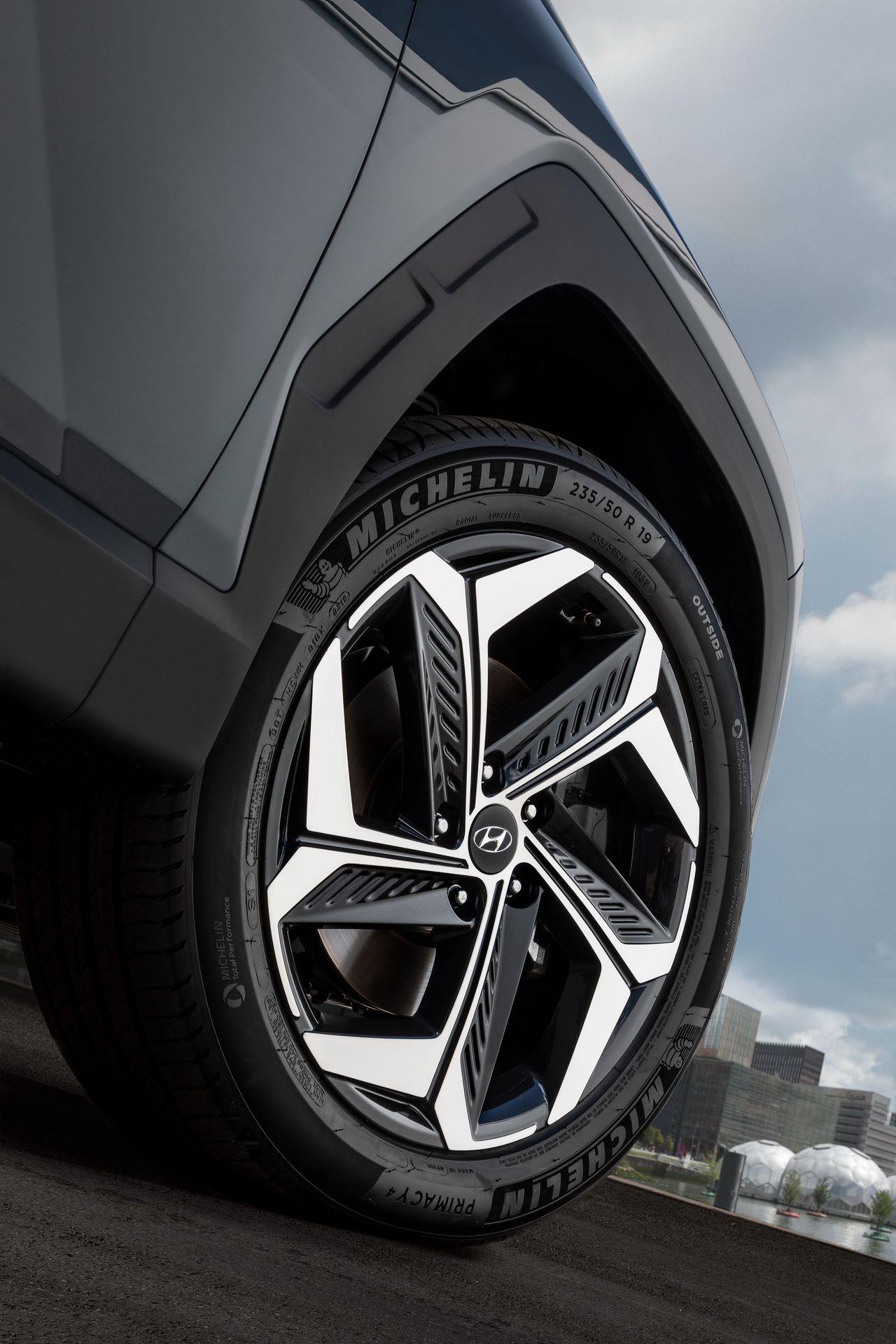 2021-Hyundai-Tucson-10-1