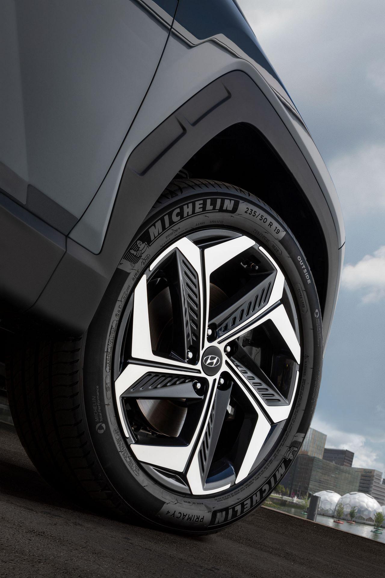 Hyundai-Tucson-2021-14