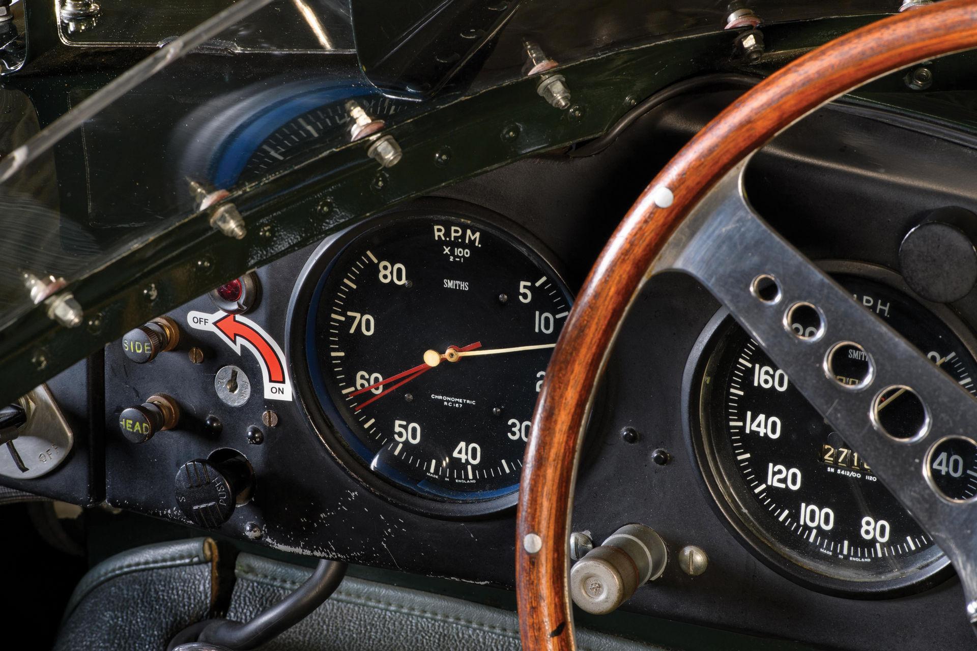 Jaguar-D-Type-1955-auction-11