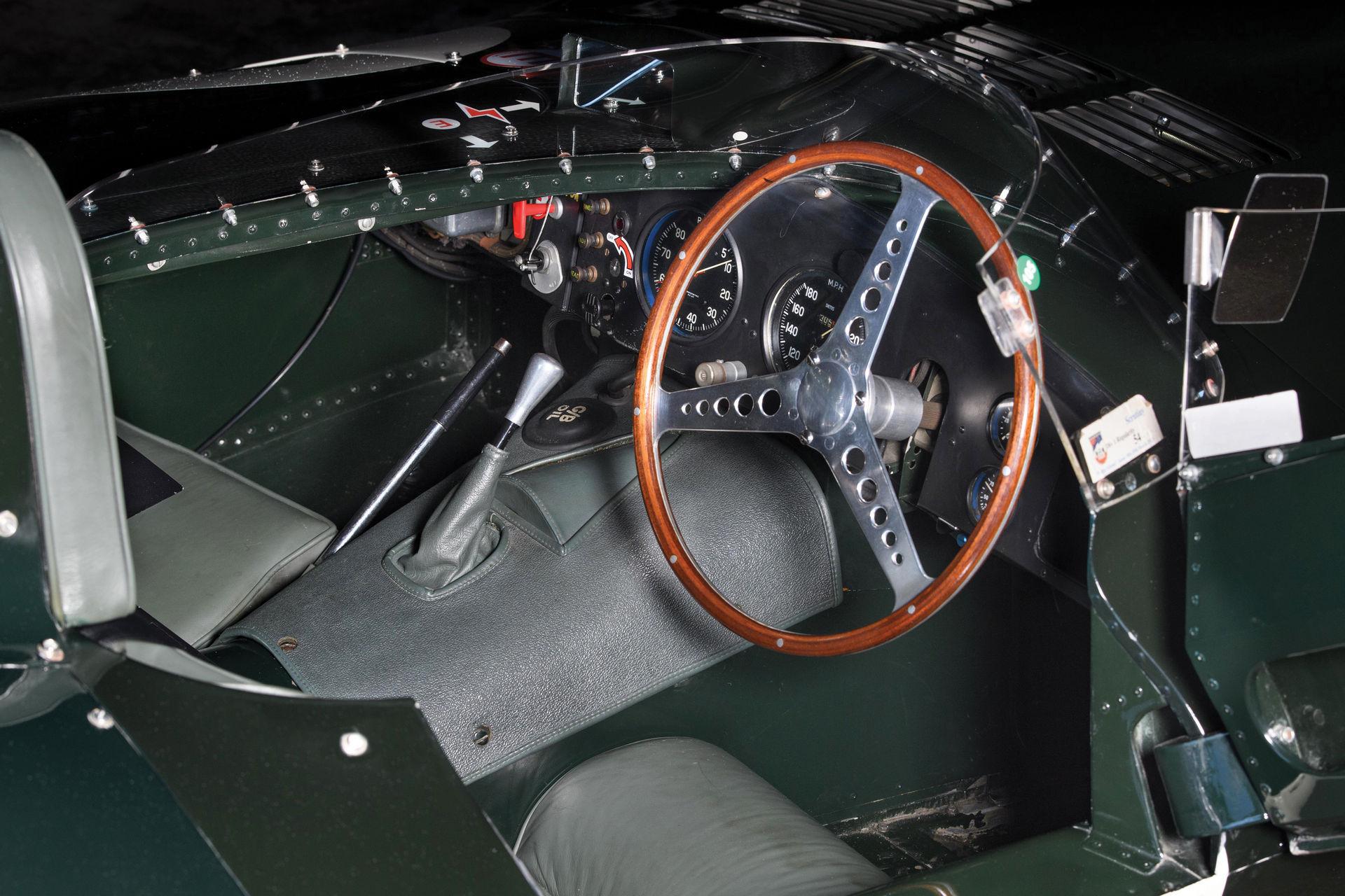 Jaguar-D-Type-1955-auction-4
