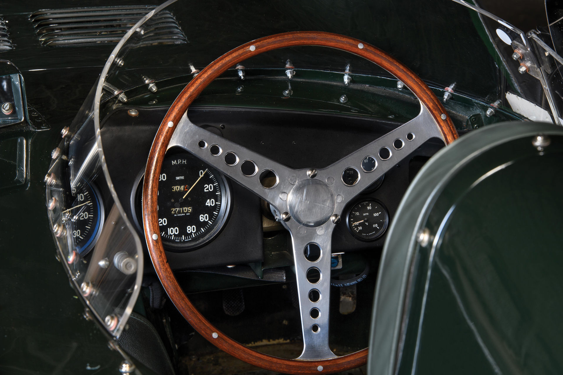 Jaguar-D-Type-1955-auction-9