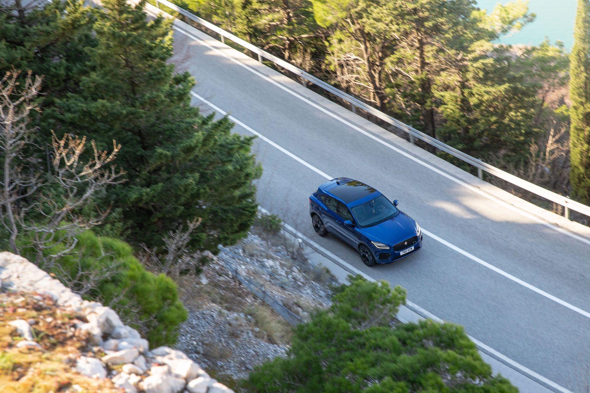 Jaguar-E-Pace-facelift-2021-23