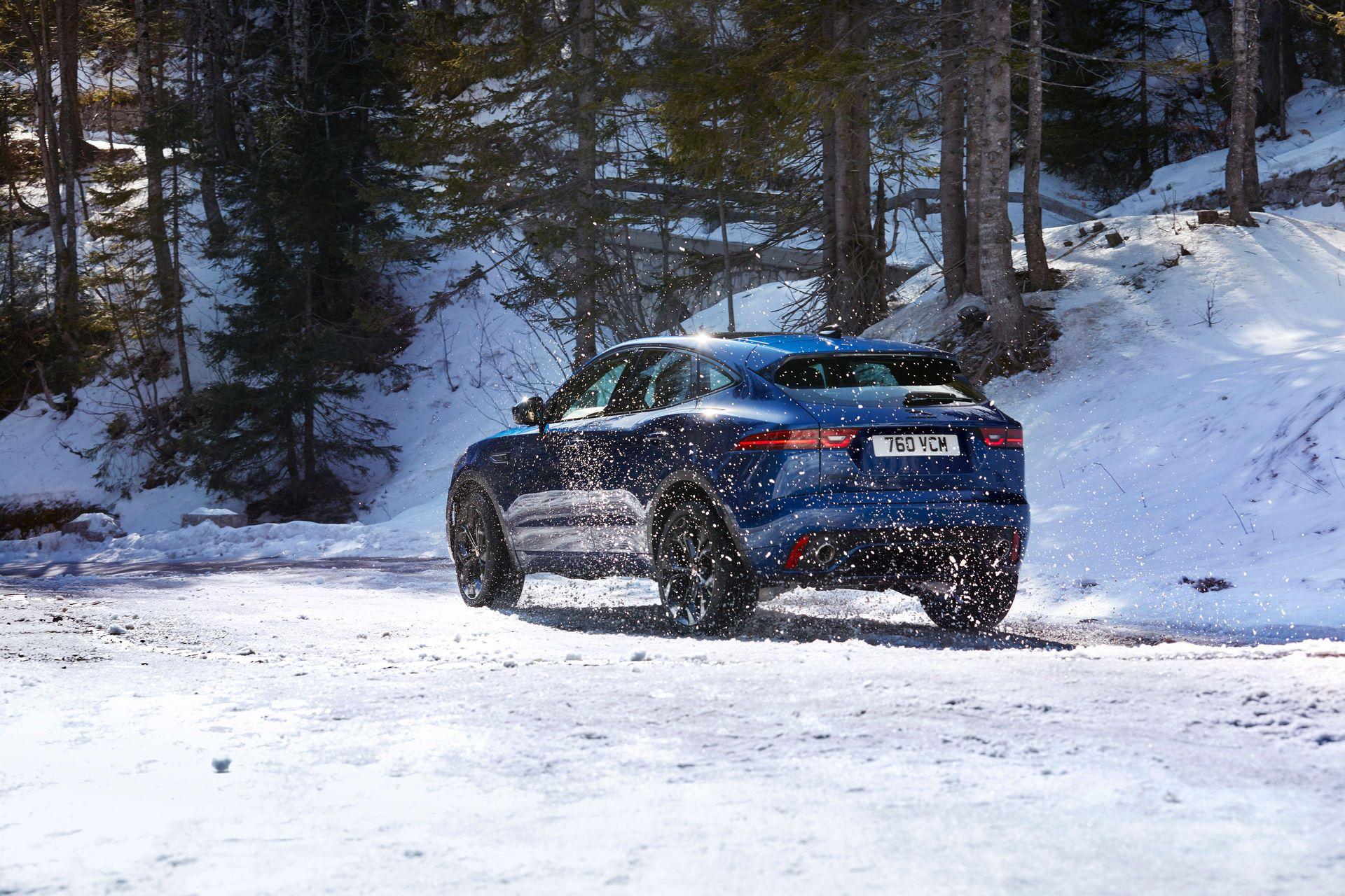 Jaguar-E-Pace-facelift-2021-32