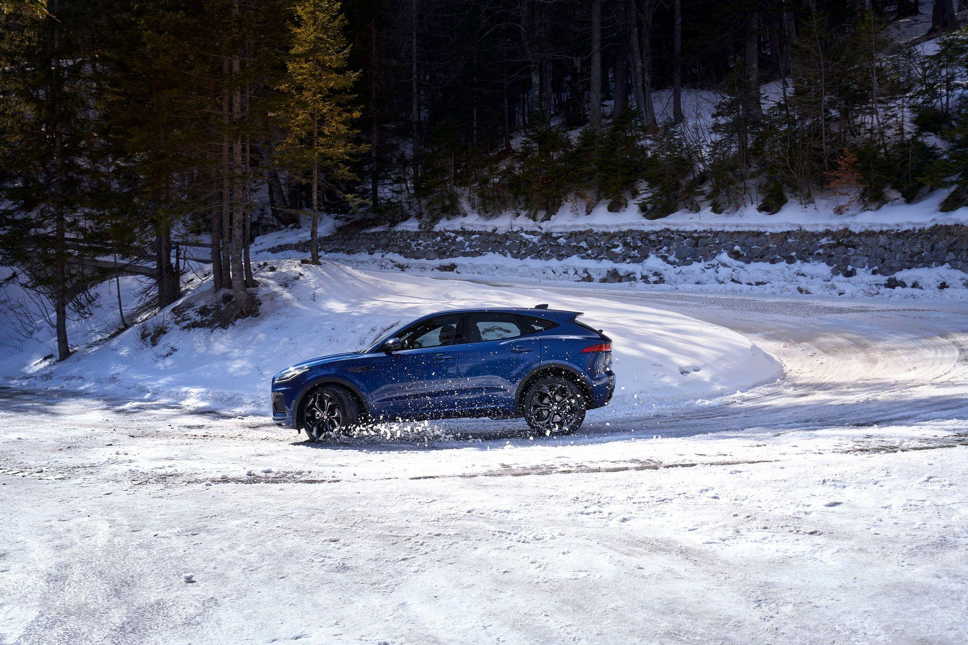 Jaguar-E-Pace-facelift-2021-33