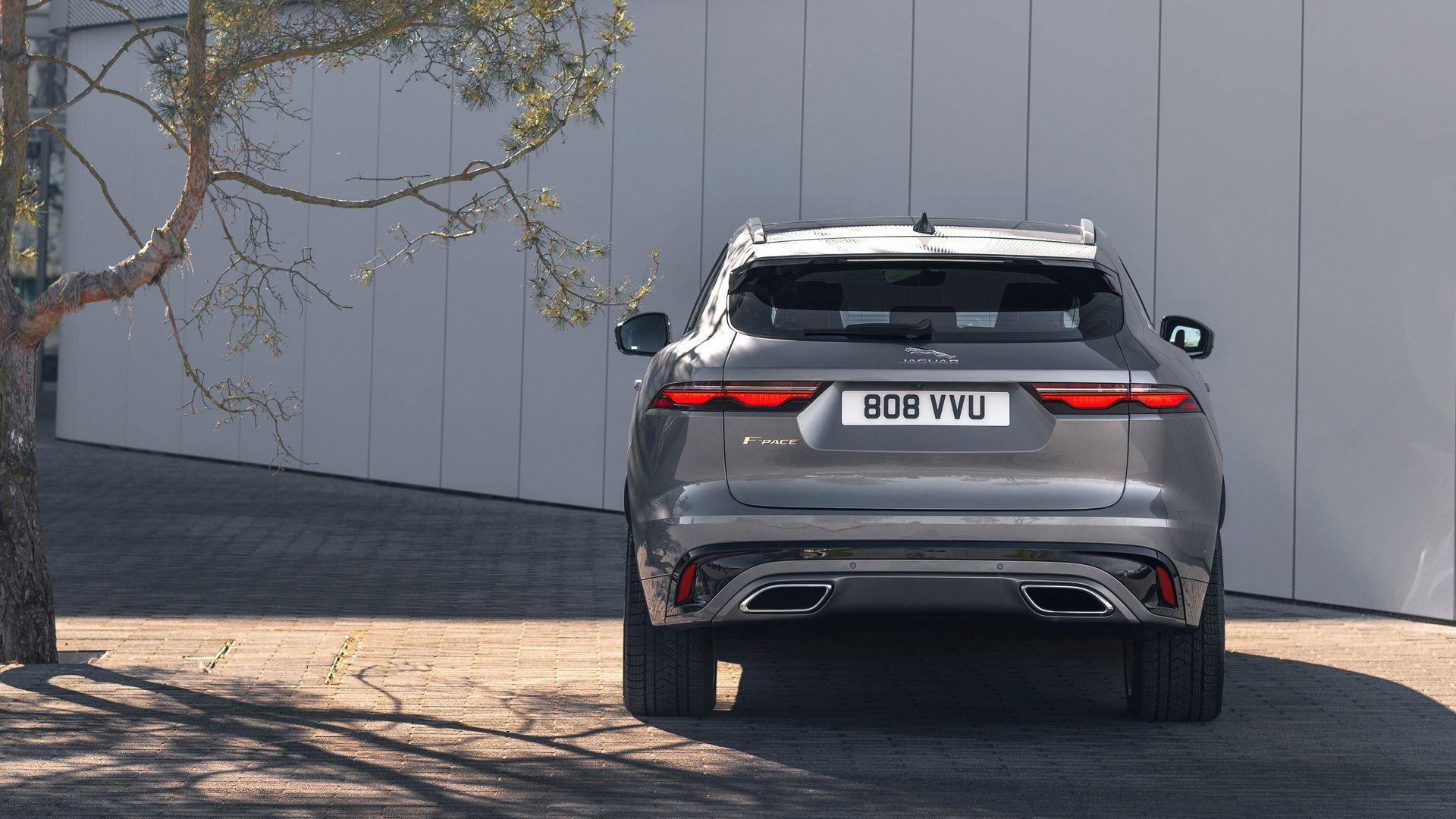 Jaguar-F-Pace-2021-12