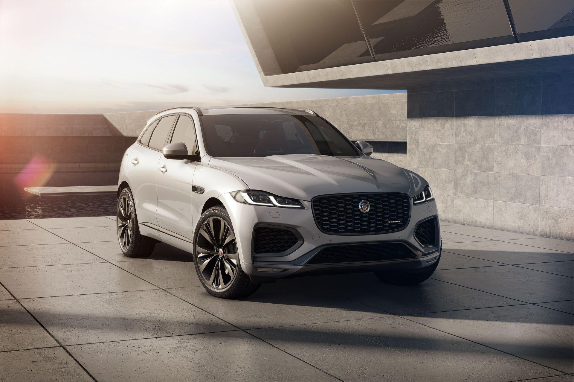 Jaguar-F-Pace-2021-21