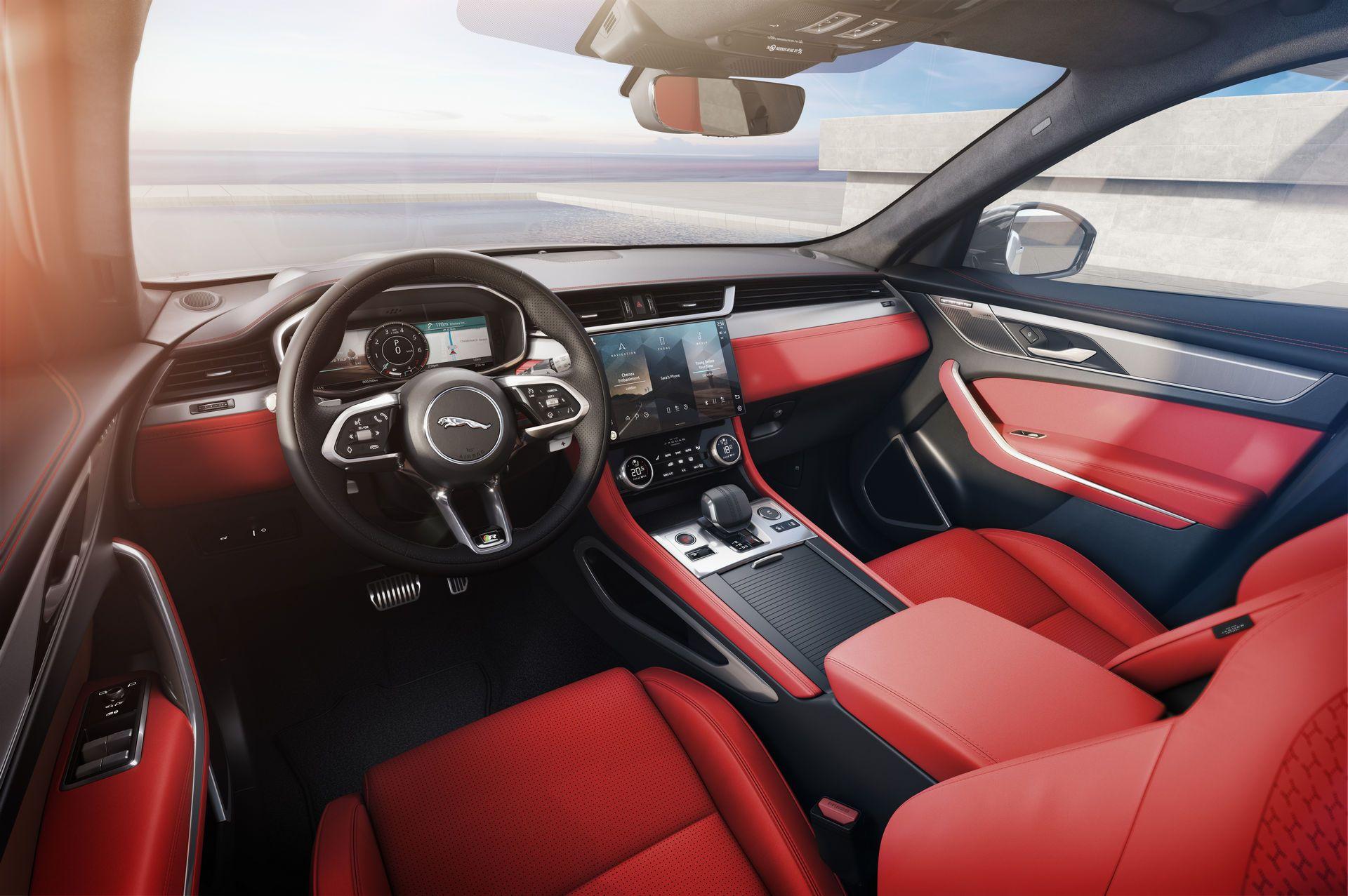 Jaguar-F-Pace-2021-23