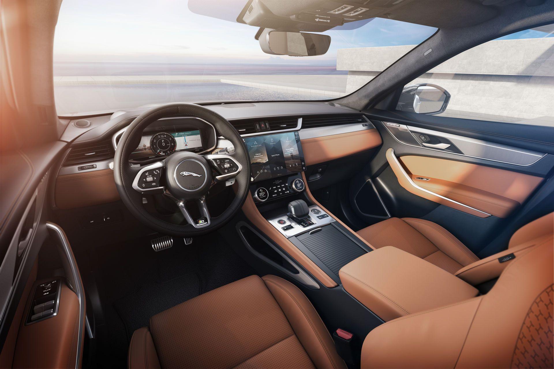 Jaguar-F-Pace-2021-26