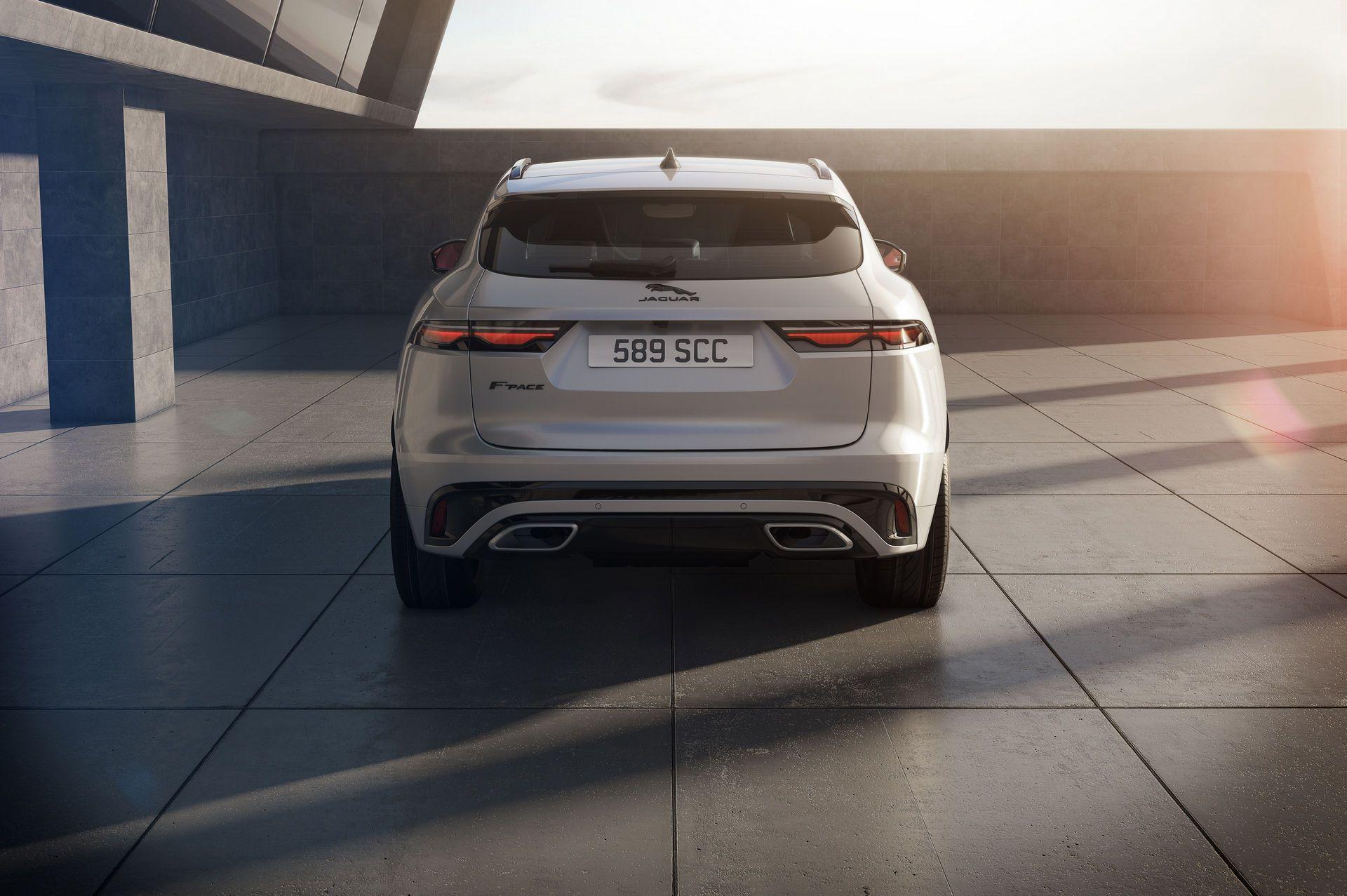 Jaguar-F-Pace-2021-30