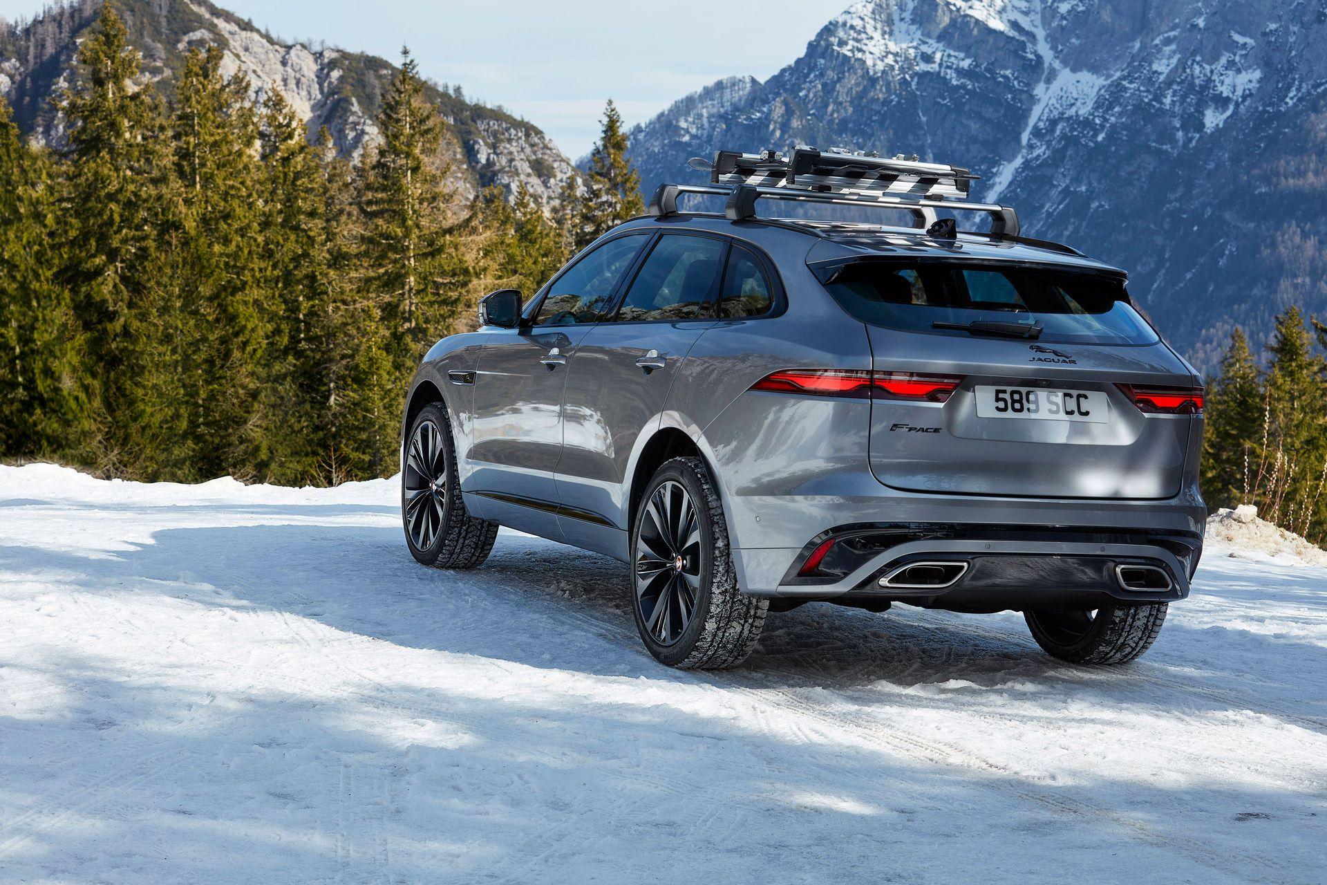 Jaguar-F-Pace-2021-60