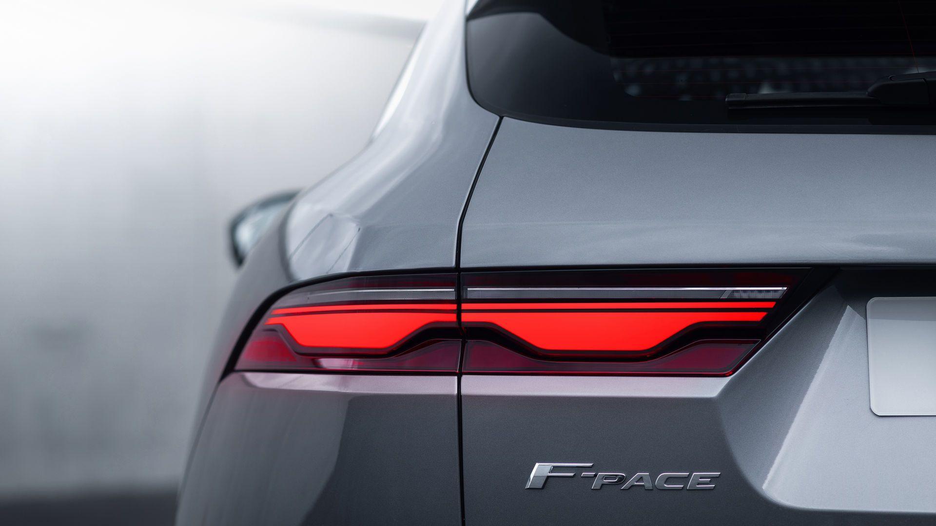 Jaguar-F-Pace-2021-7