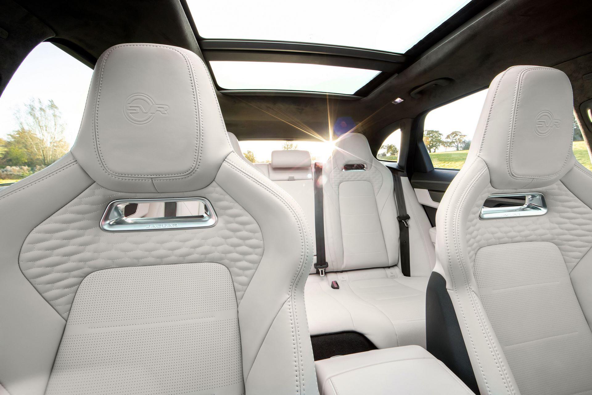 Jaguar-F-Pace-SVR-facelift-2021-15