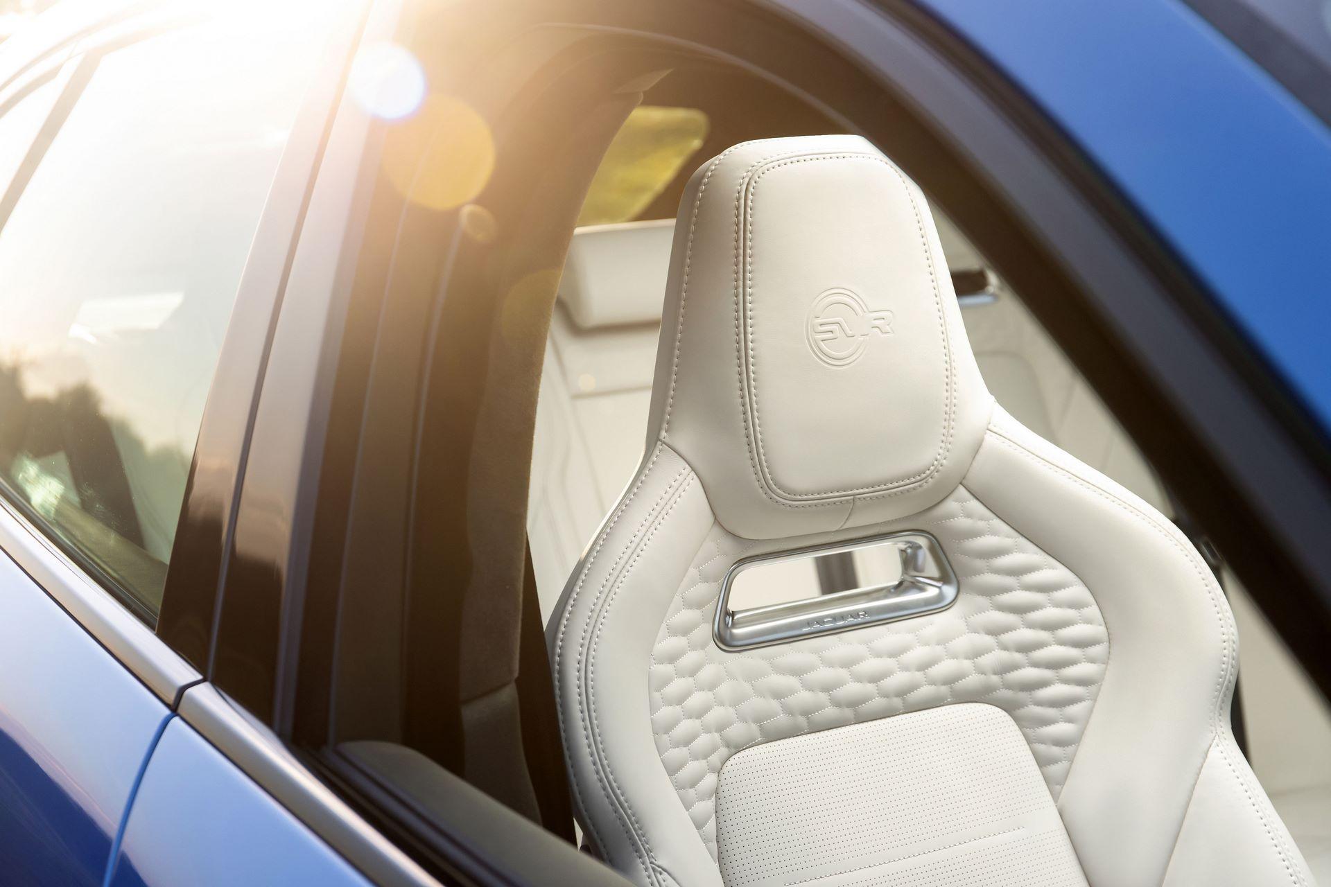 Jaguar-F-Pace-SVR-facelift-2021-16