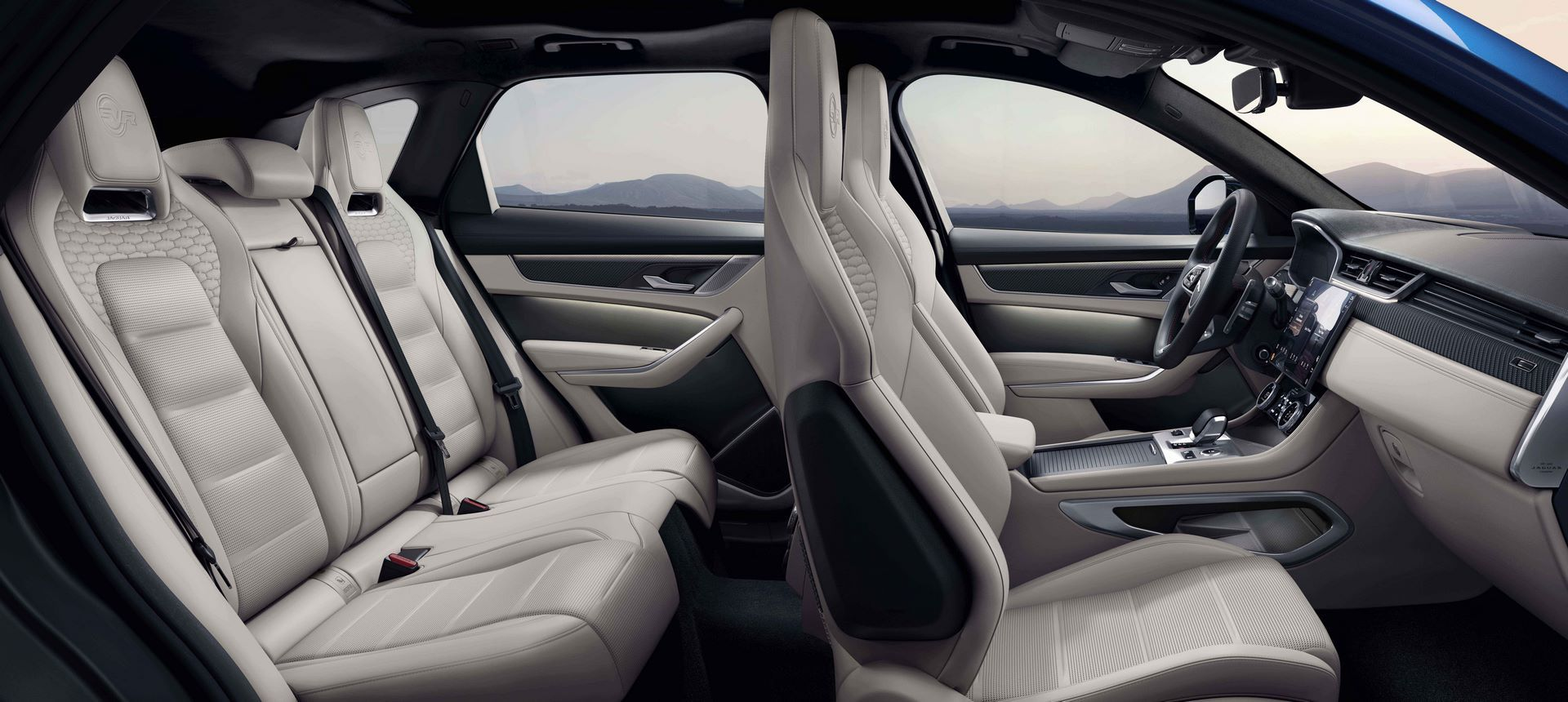 Jaguar-F-Pace-SVR-facelift-2021-21