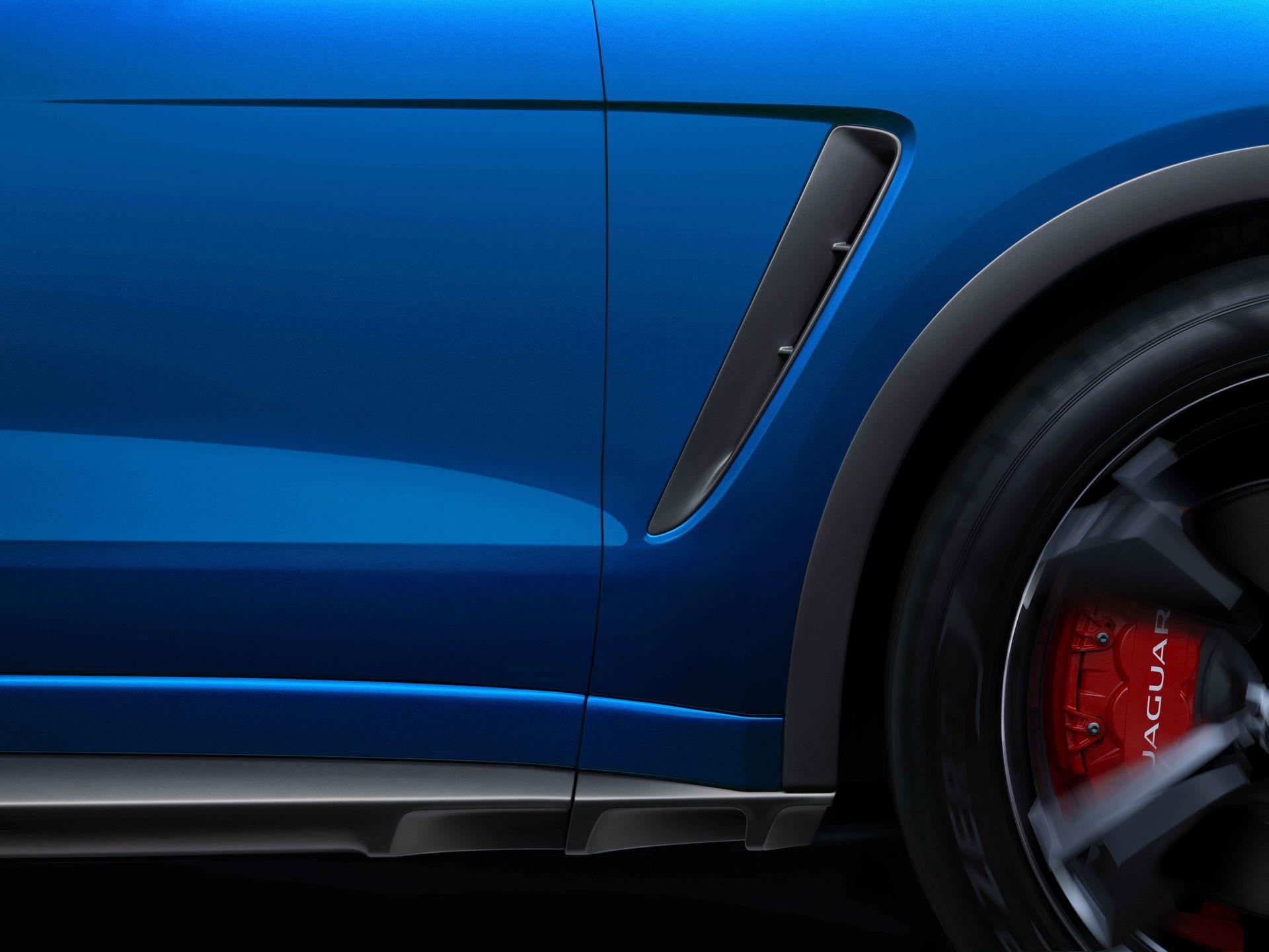 Jaguar-F-Pace-SVR-facelift-2021-27