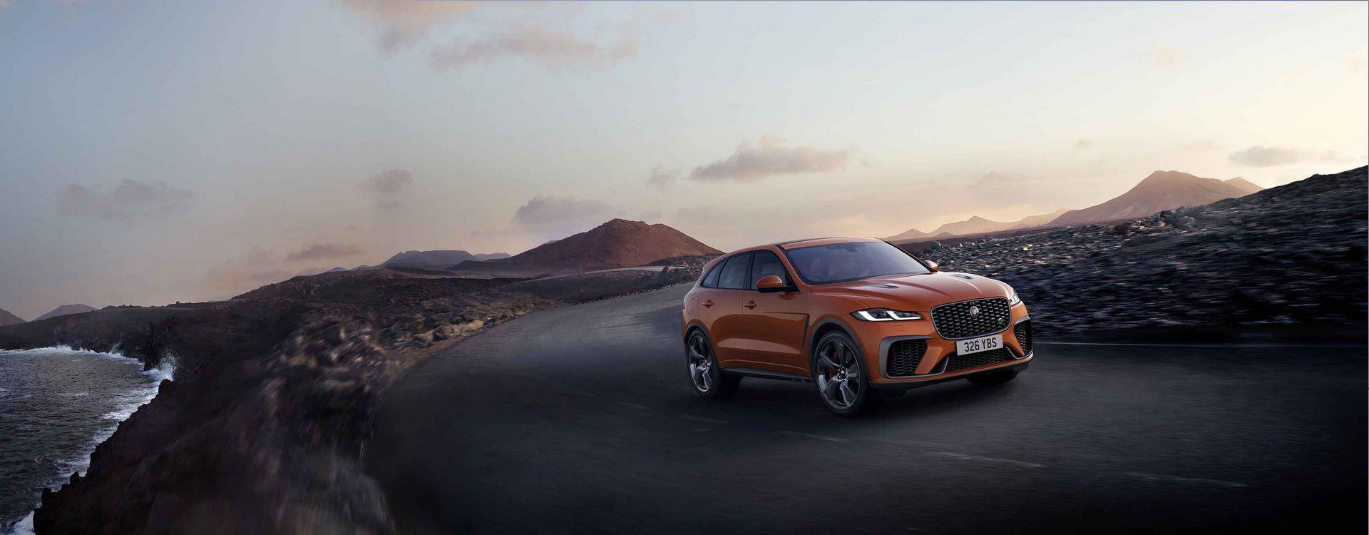 Jaguar-F-Pace-SVR-facelift-2021-32