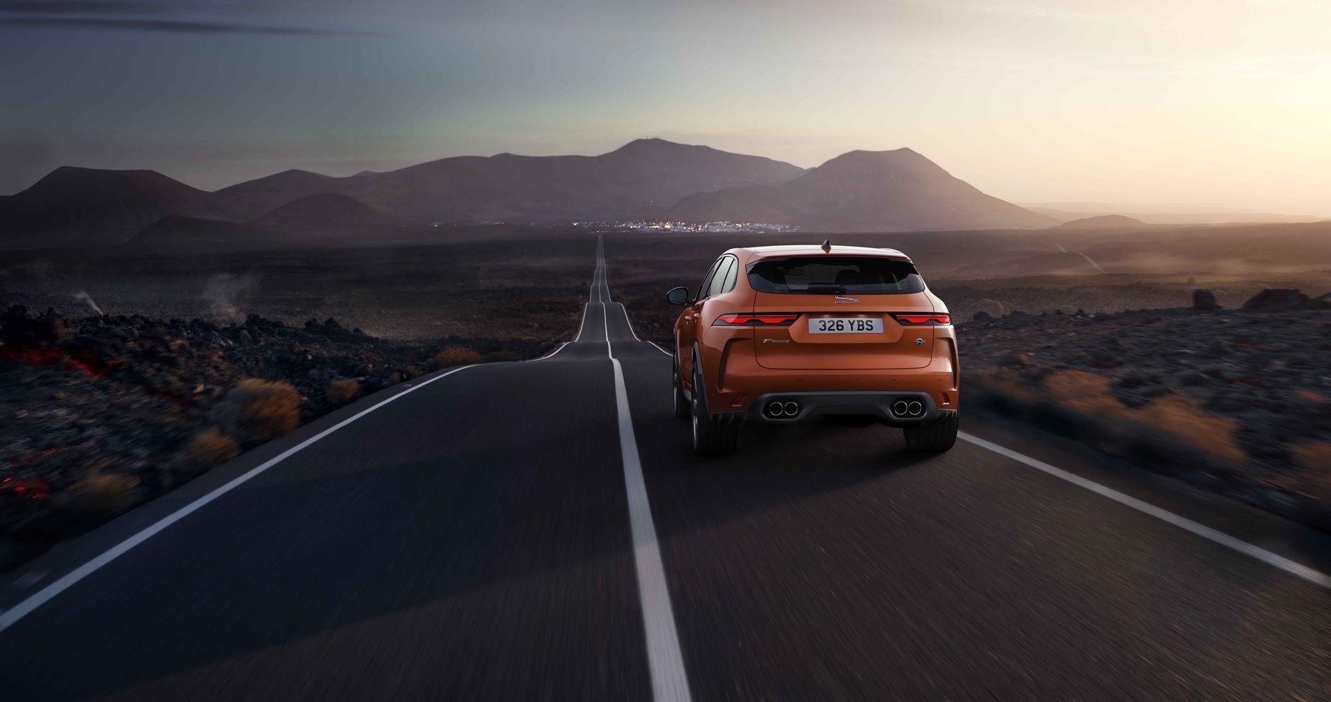 Jaguar-F-Pace-SVR-facelift-2021-34