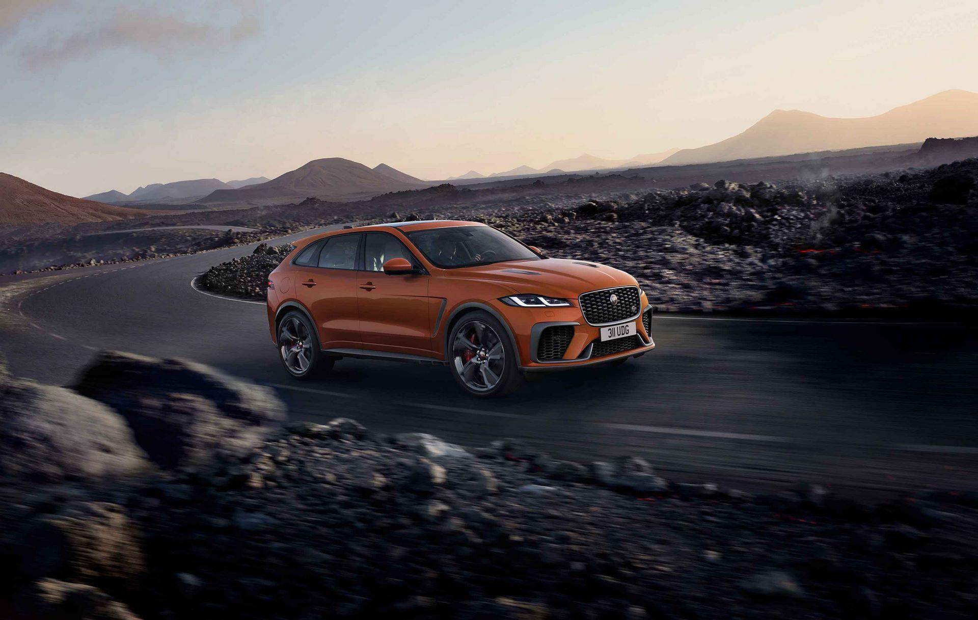 Jaguar-F-Pace-SVR-facelift-2021-35