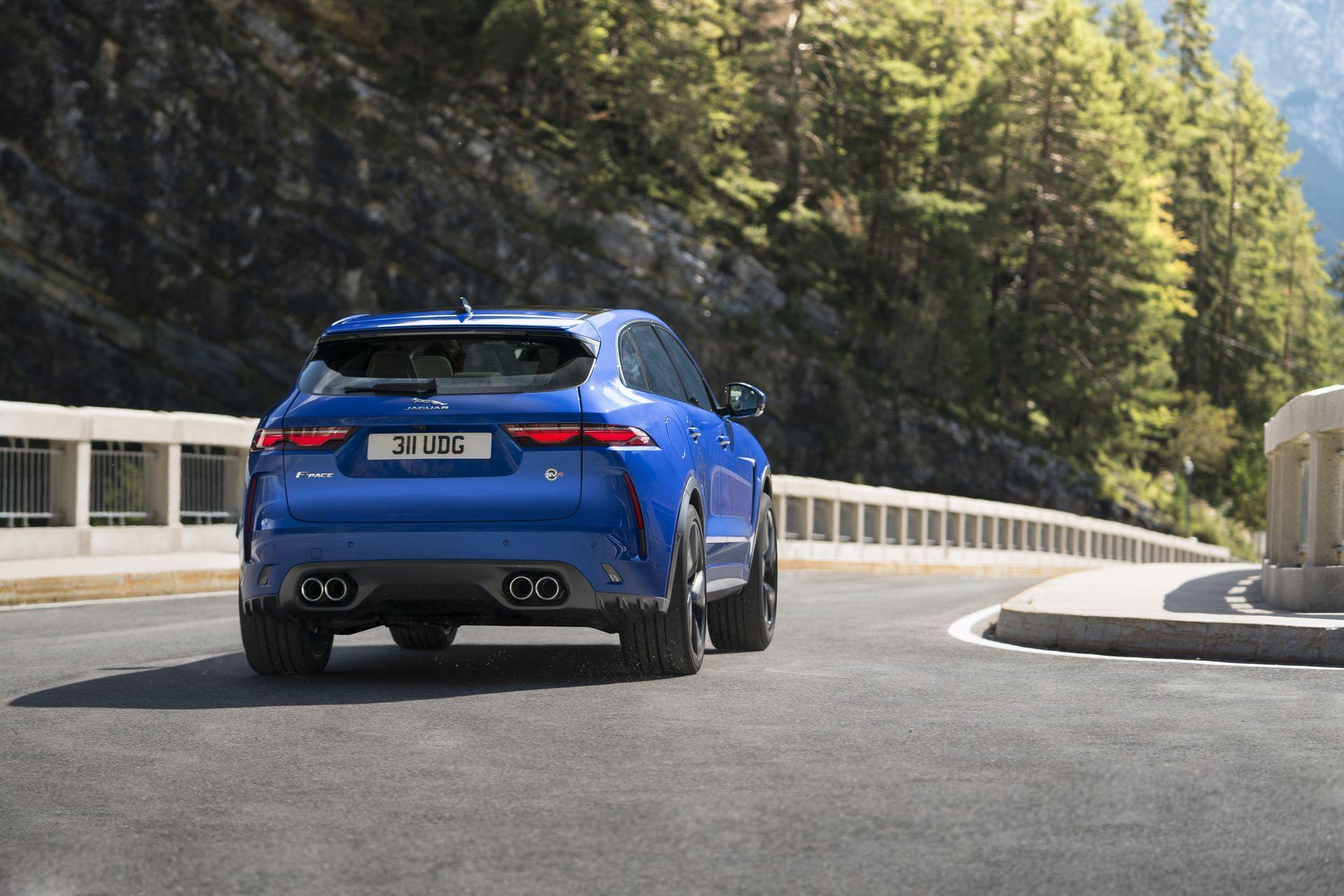Jaguar-F-Pace-SVR-facelift-2021-4