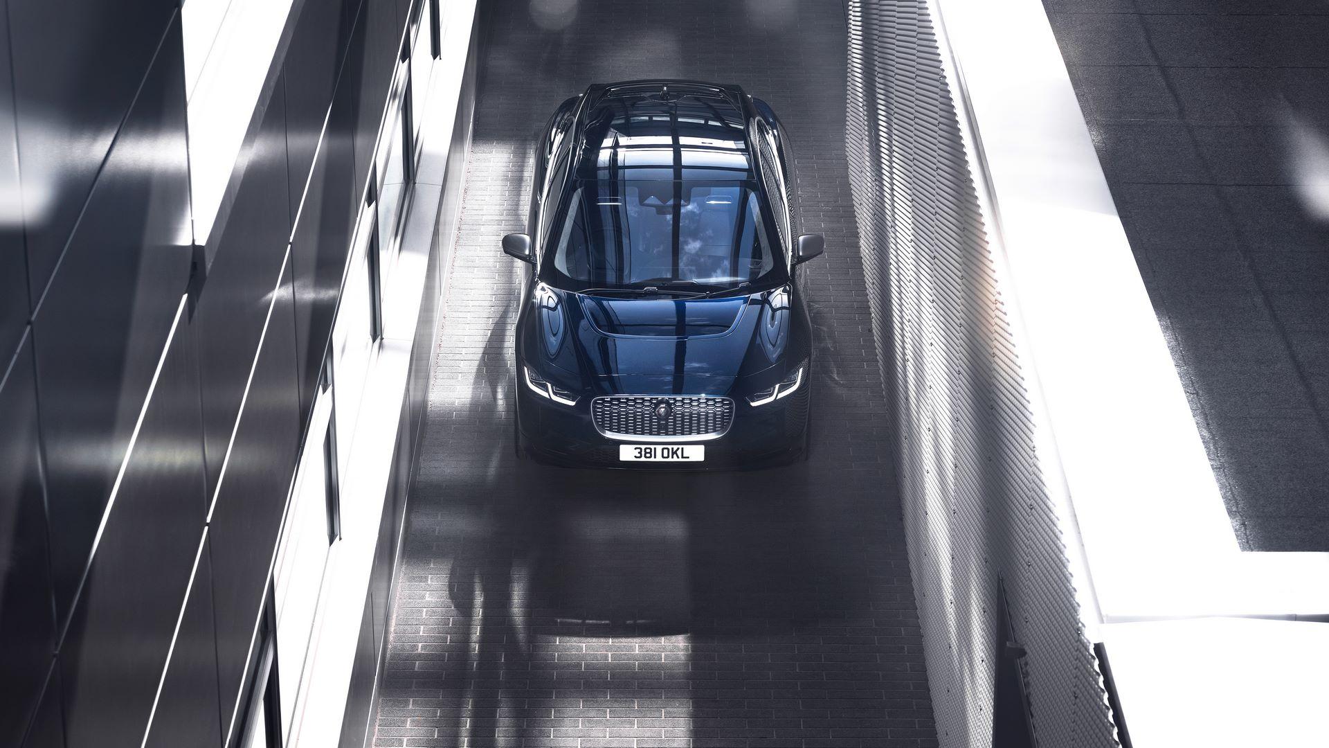 Jaguar-I-Pace-2021-23