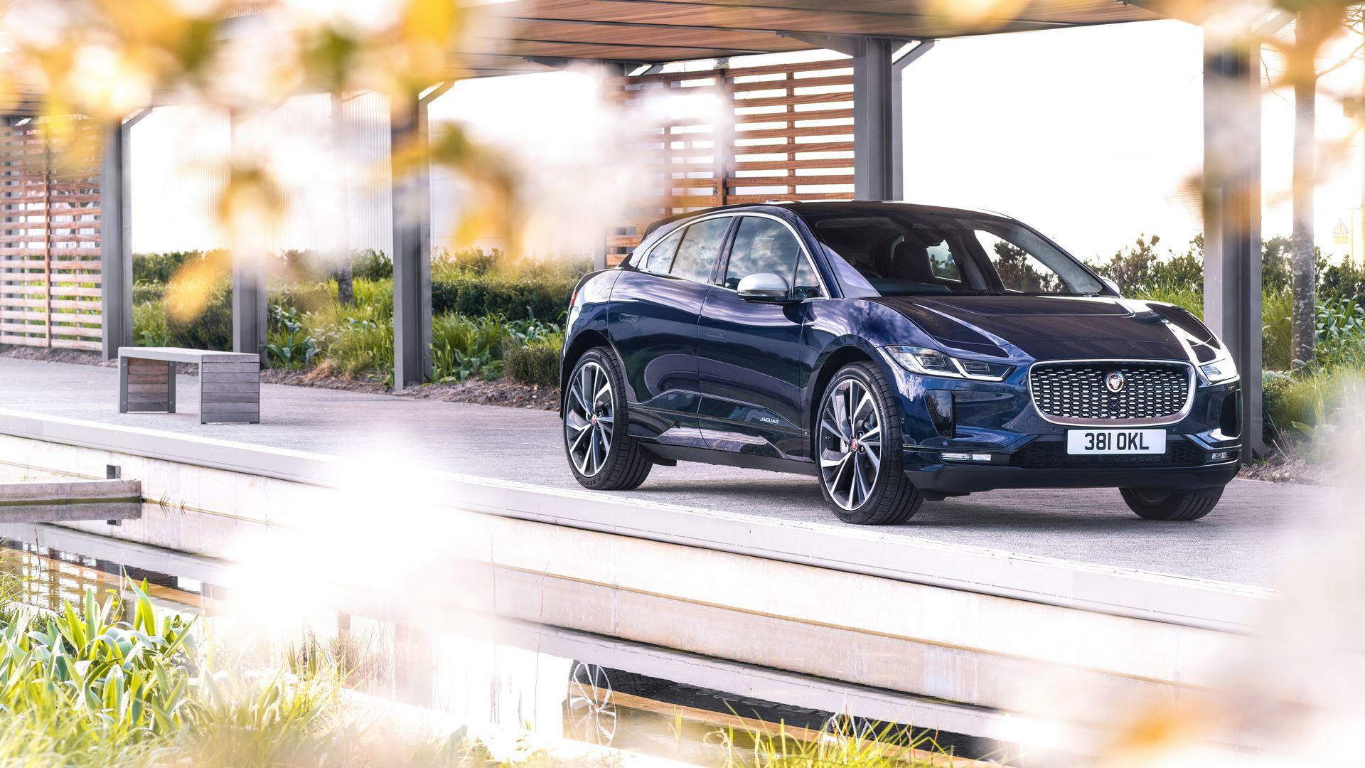 Jaguar-I-Pace-2021-26