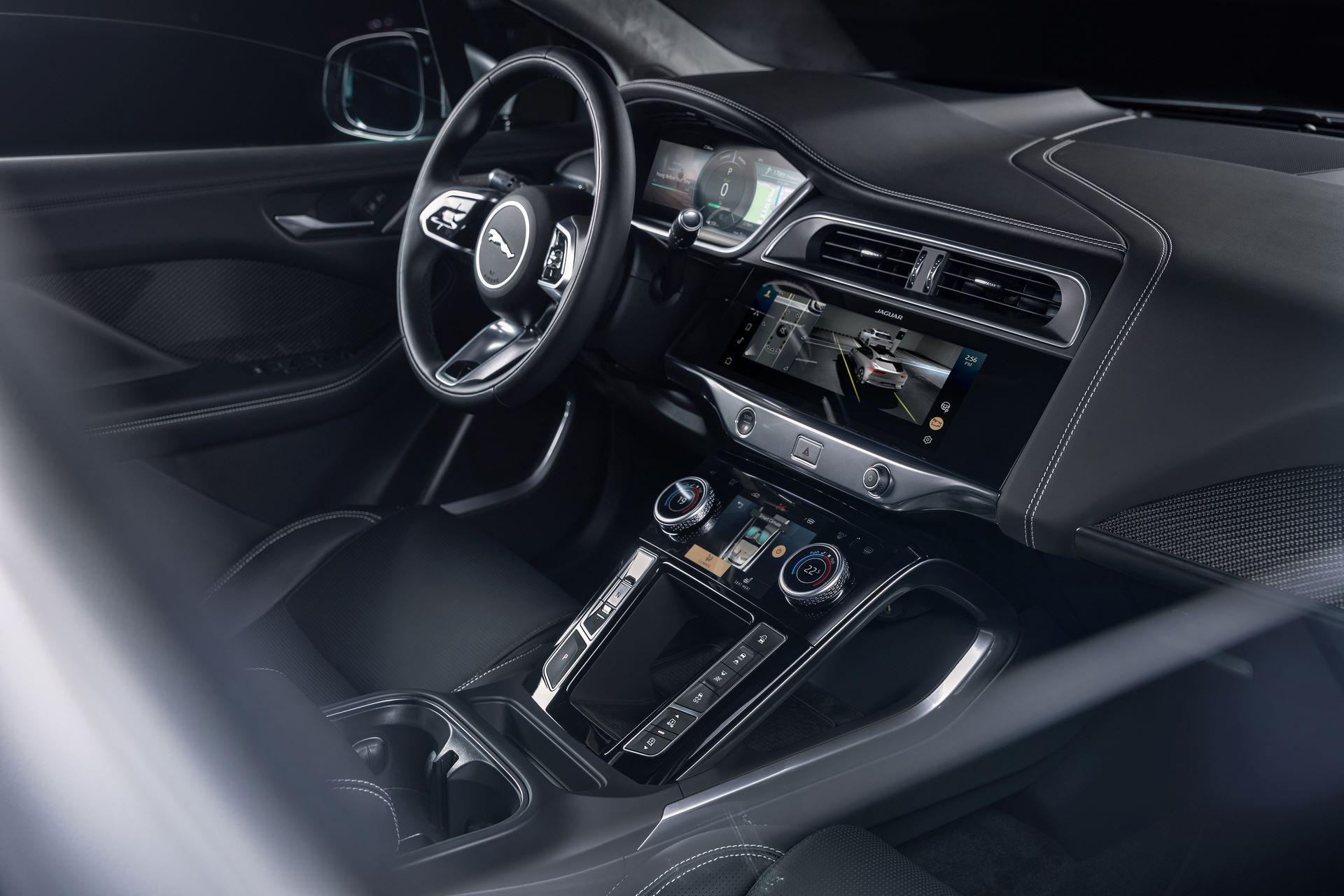 Jaguar-I-Pace-2021-38