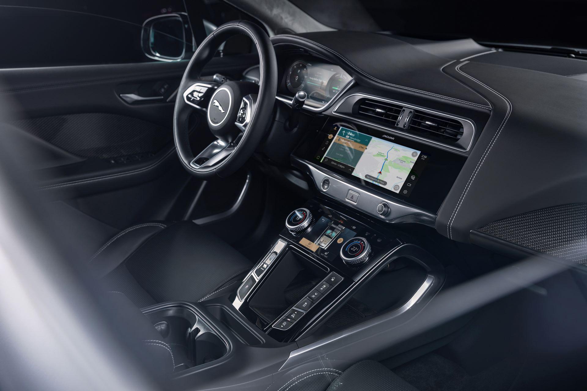 Jaguar-I-Pace-2021-39