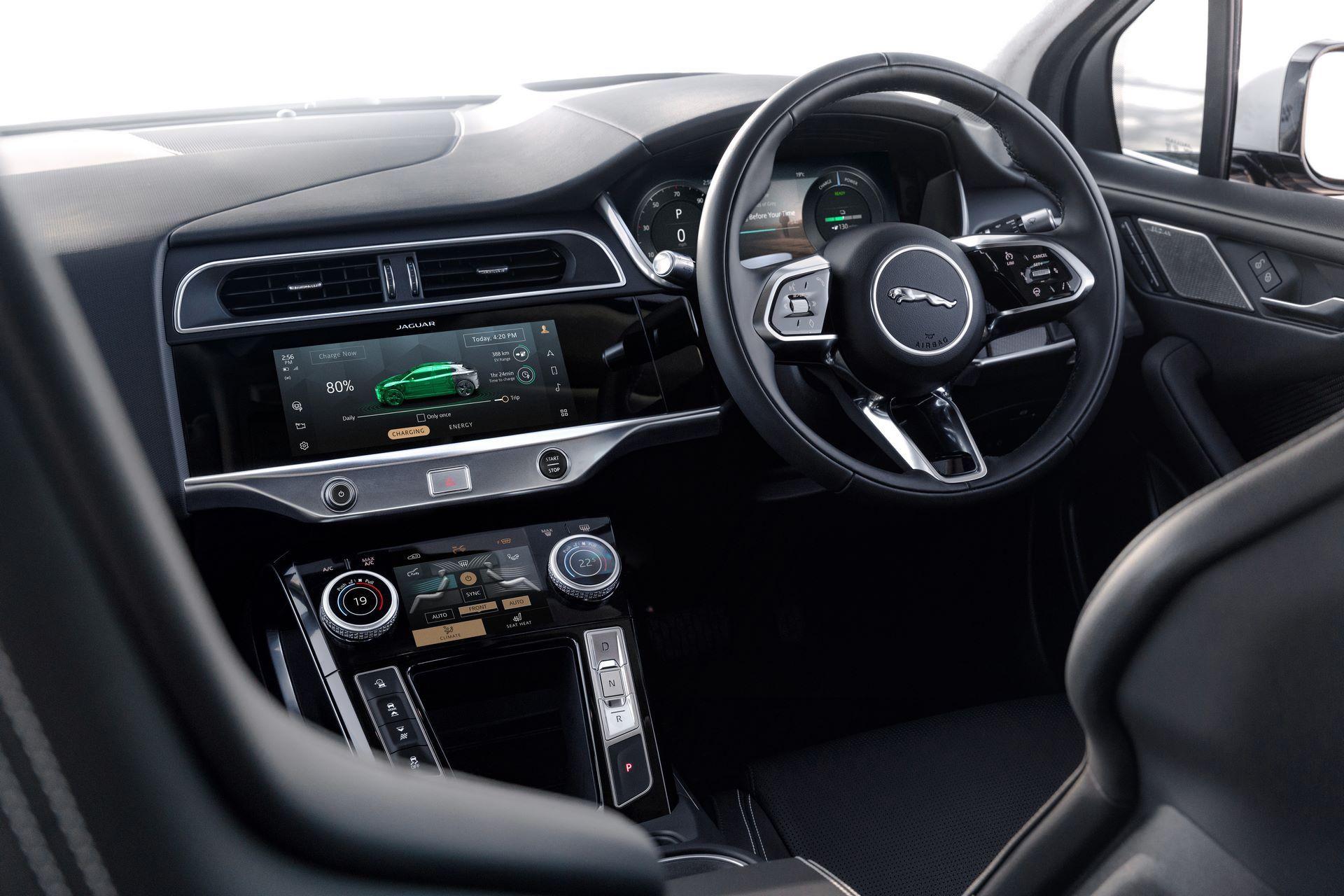 Jaguar-I-Pace-2021-40