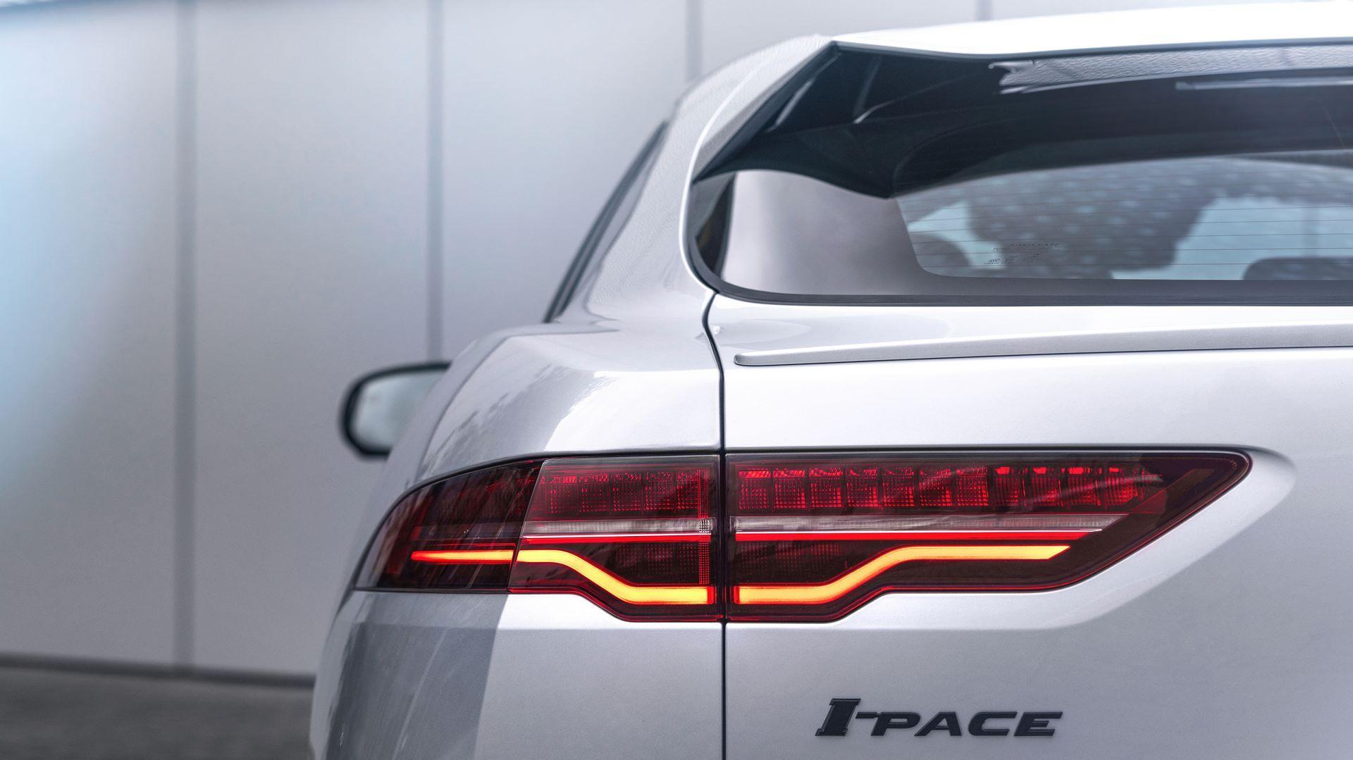 Jaguar-I-Pace-2021-7