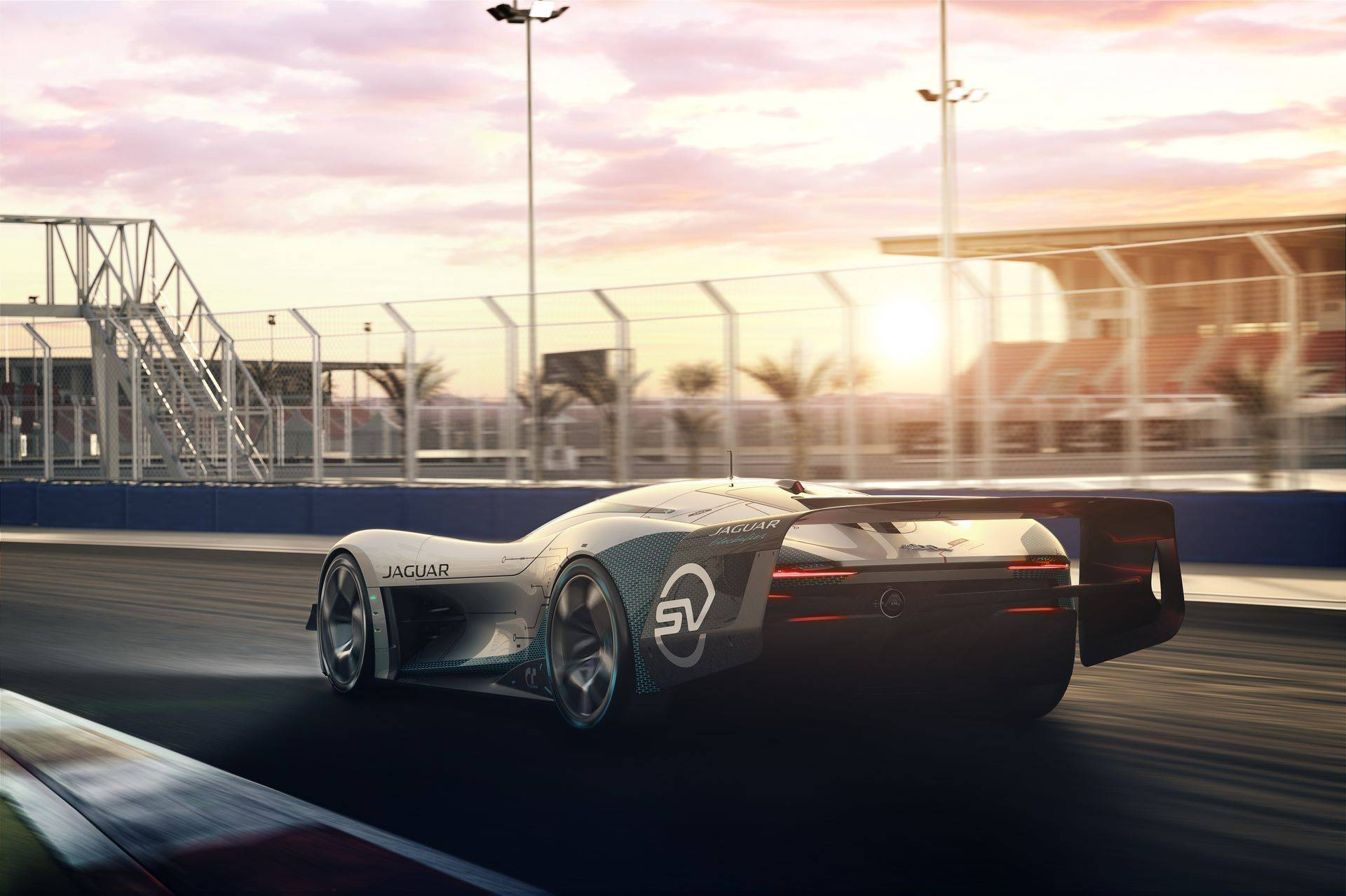 Jaguar-Vision-Gran-Turismo-SV-1