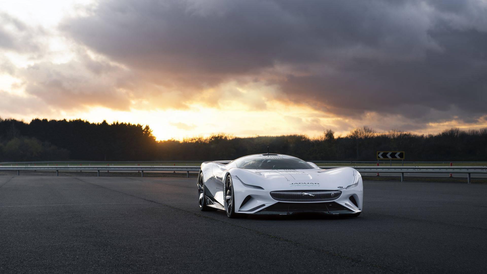 Jaguar-Vision-Gran-Turismo-SV-18
