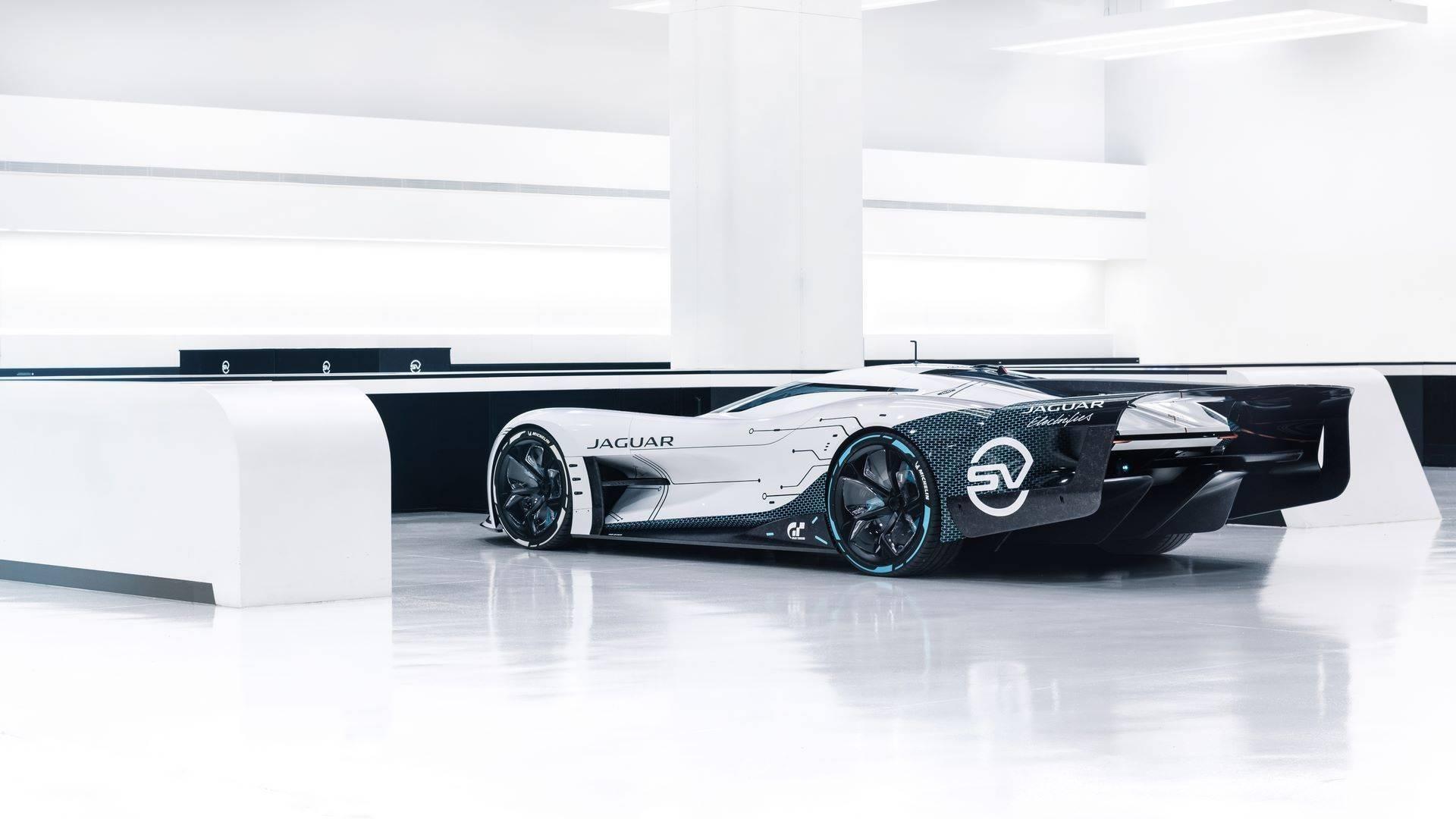 Jaguar-Vision-Gran-Turismo-SV-22